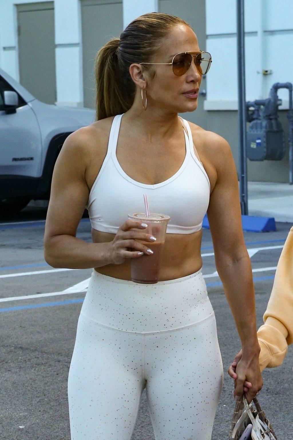 Jennifer Lopez Sexy Thefappeningblog Com 11 1 1024x1536