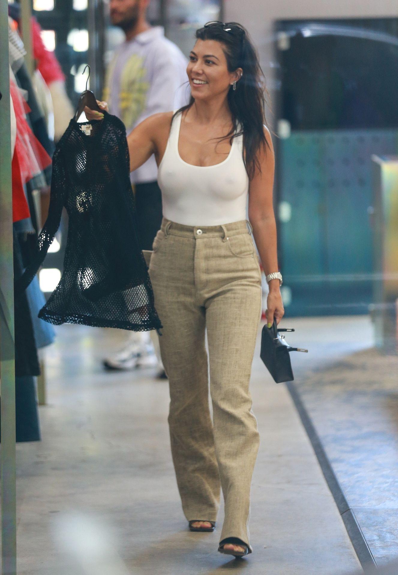 Kourtney Kardashian Braless 116