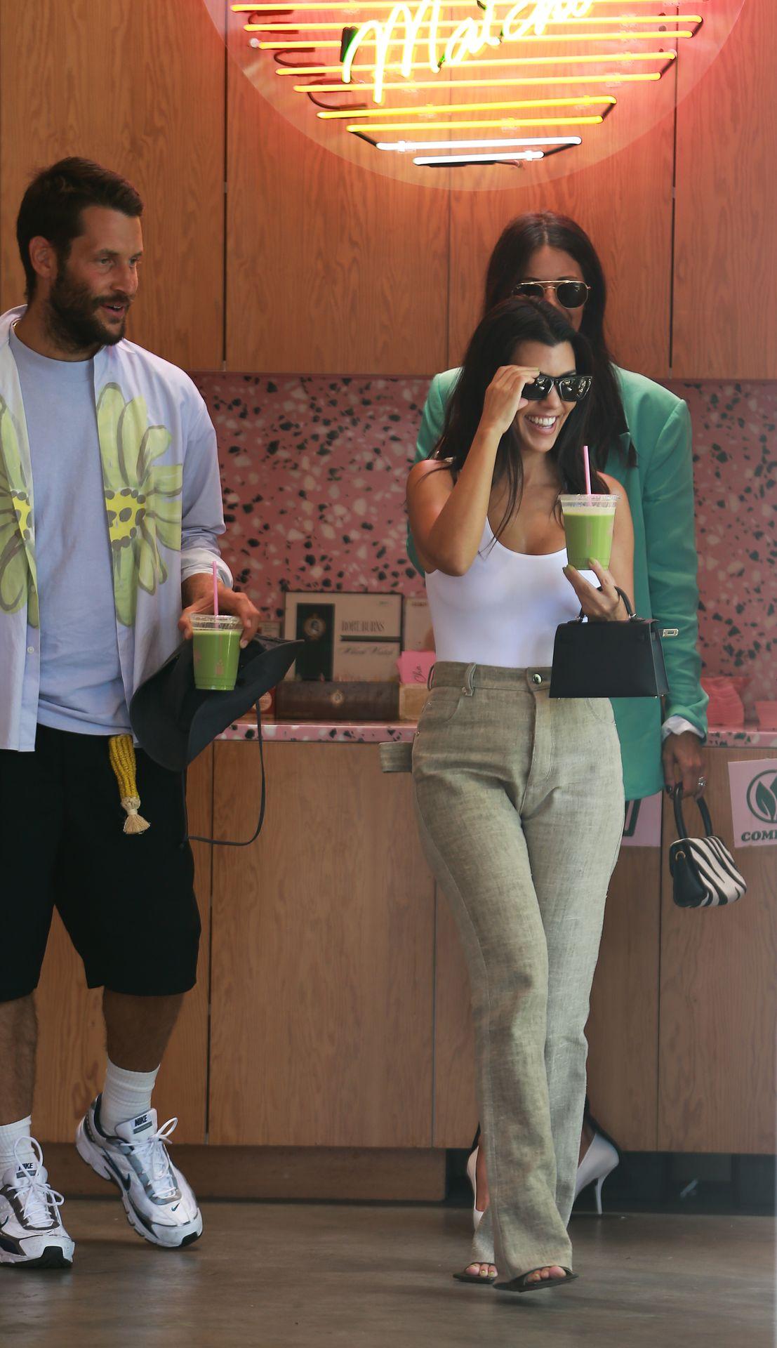 Kourtney Kardashian Braless 165