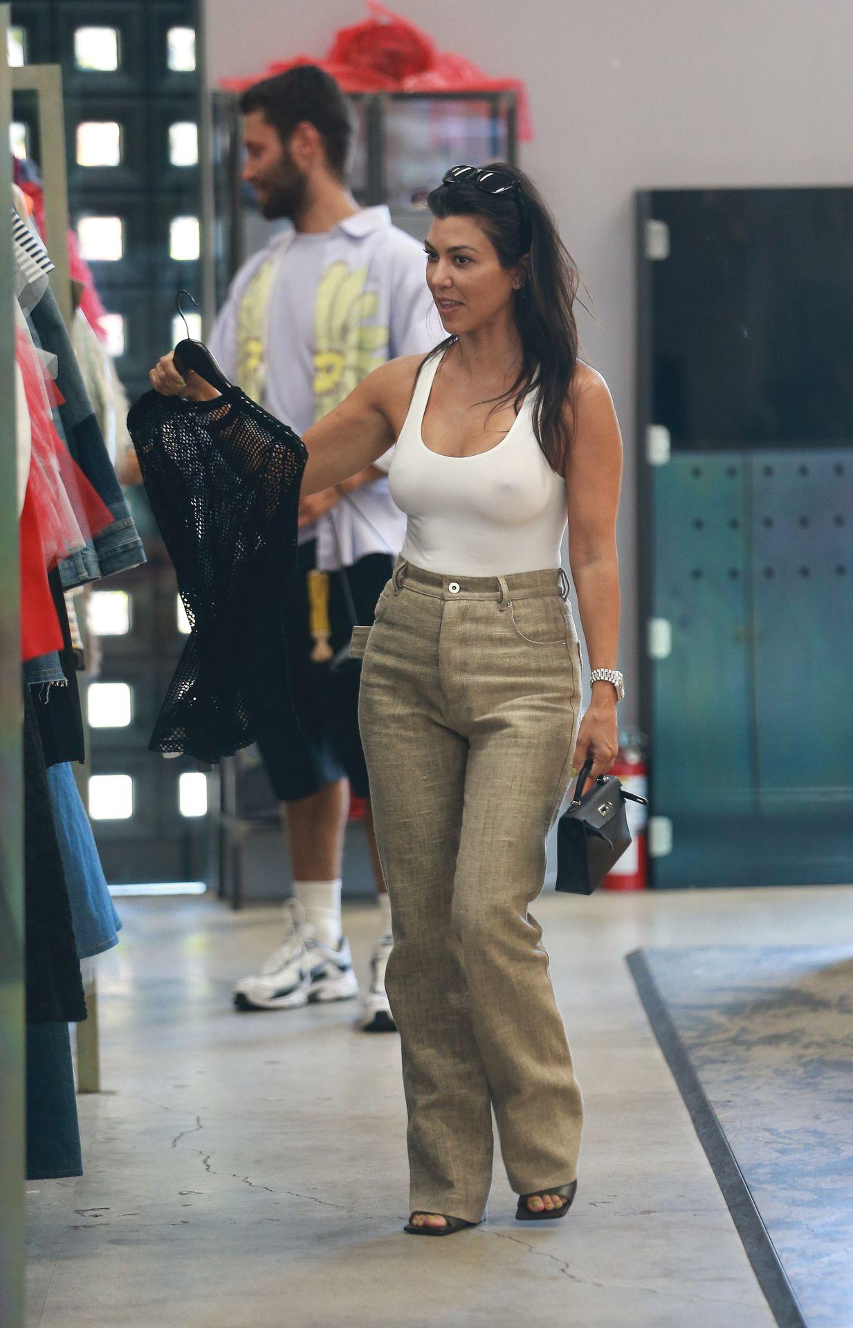 Kourtney Kardashian Braless 173