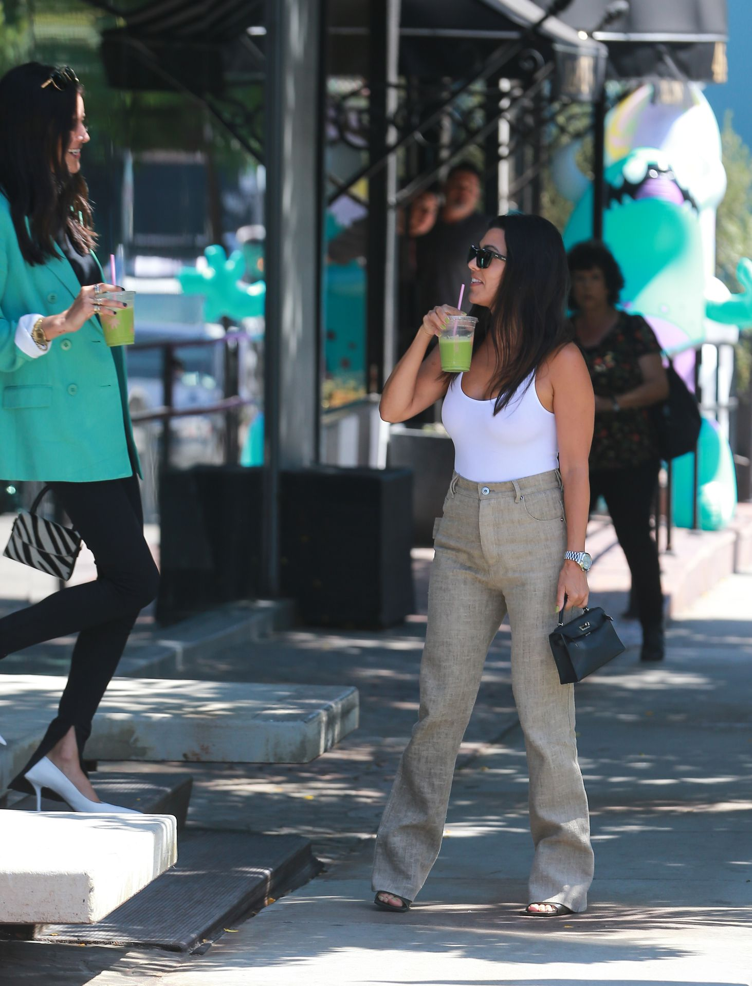 Kourtney Kardashian Braless 181
