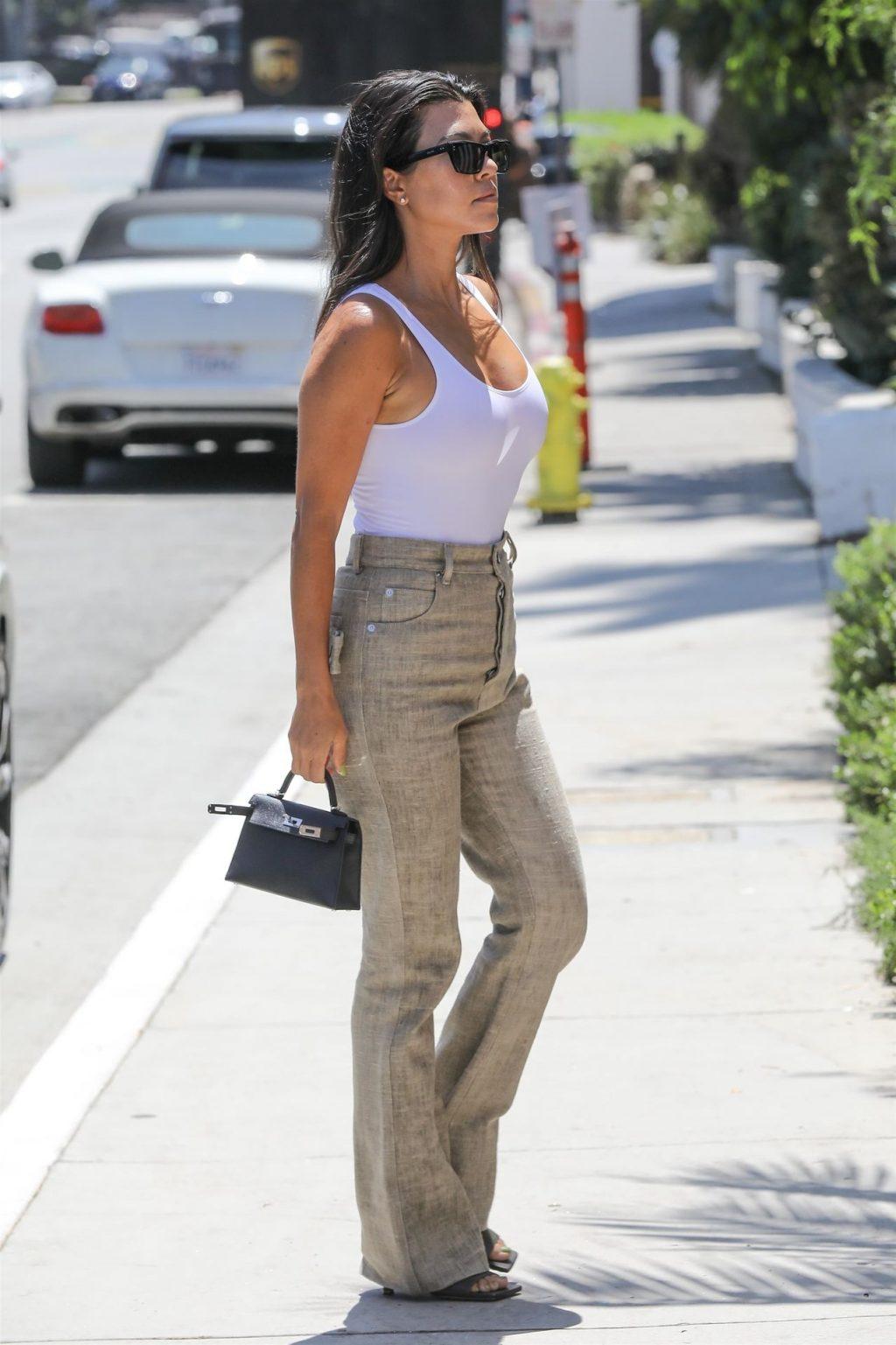 Kourtney Kardashian See Through Thefappeningblog Com 21 1024