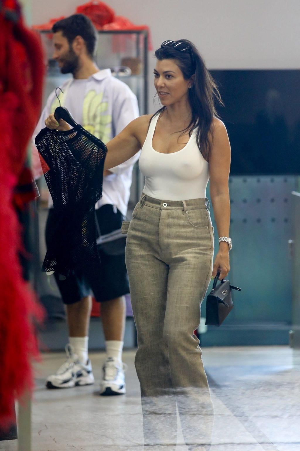 Kourtney Kardashian See Through Thefappeningblog Com 123 102