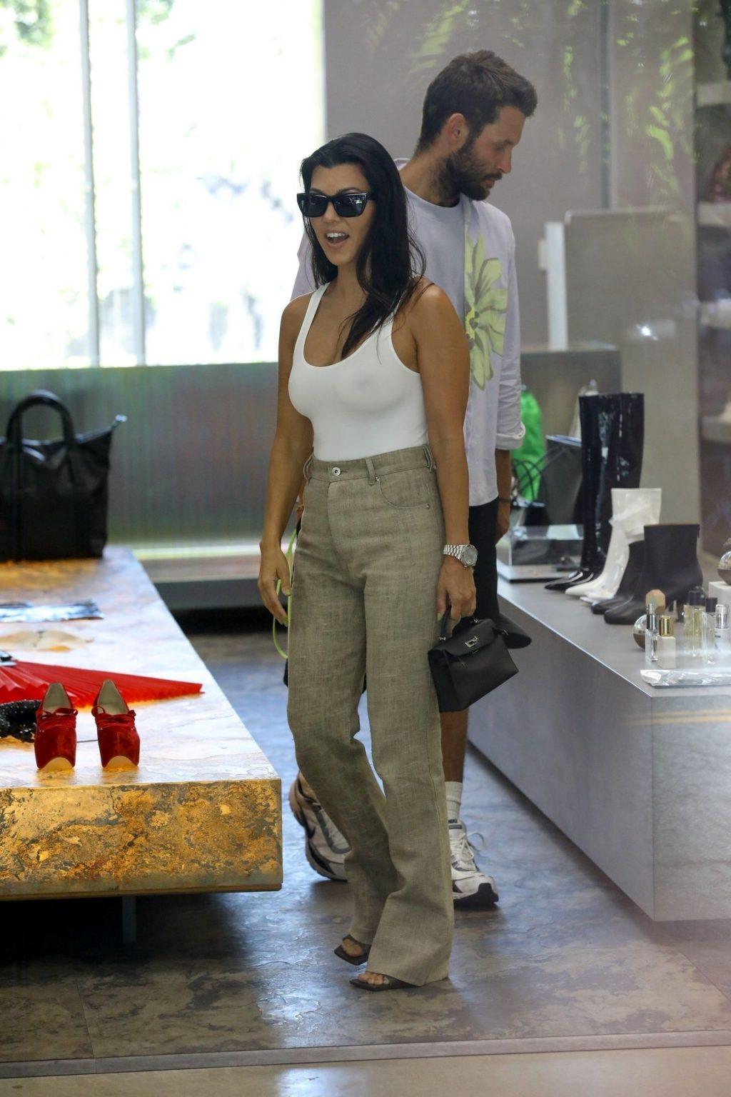 Kourtney Kardashian See Through Thefappeningblog Com 138 102