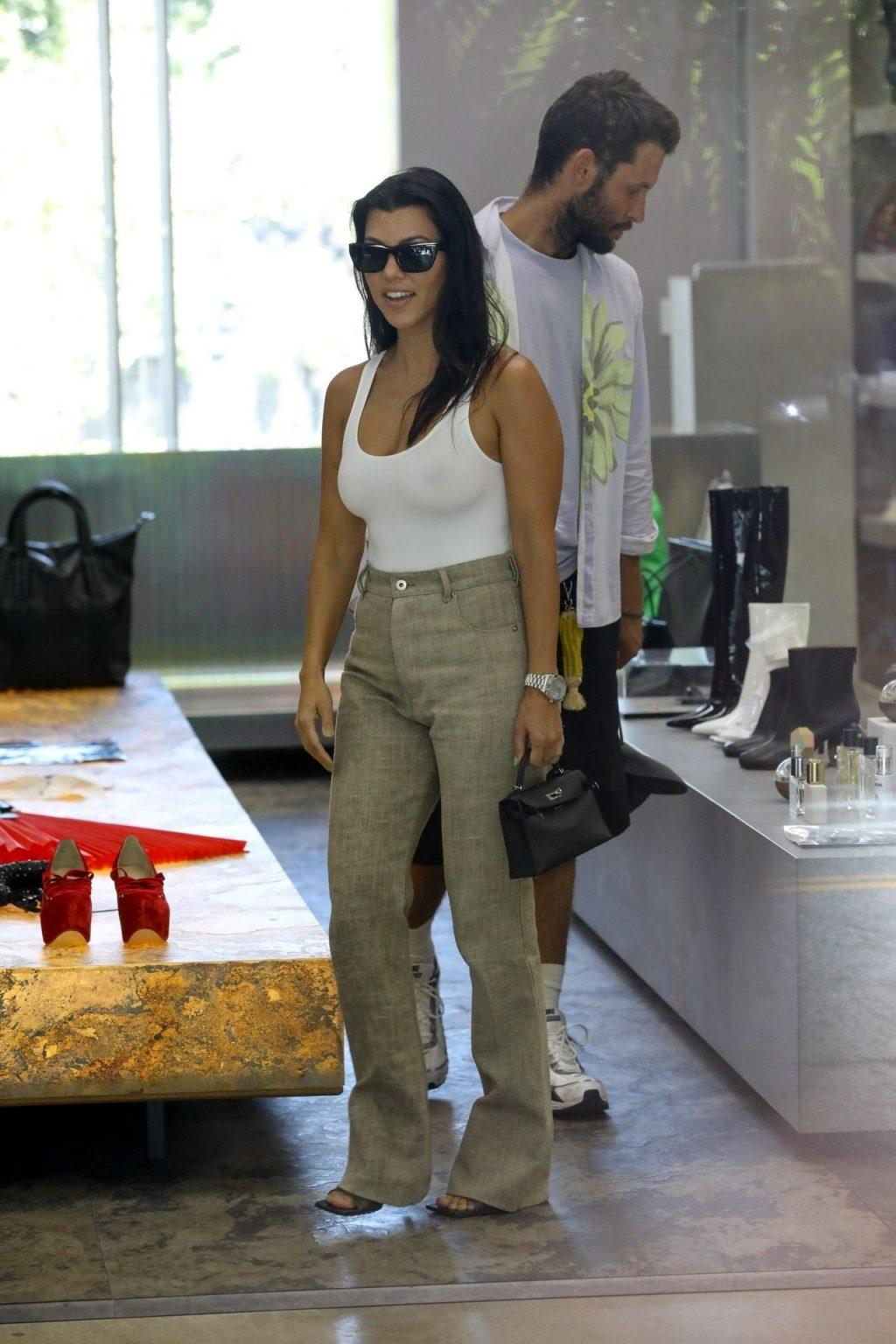 Kourtney Kardashian See Through Thefappeningblog Com 139 102