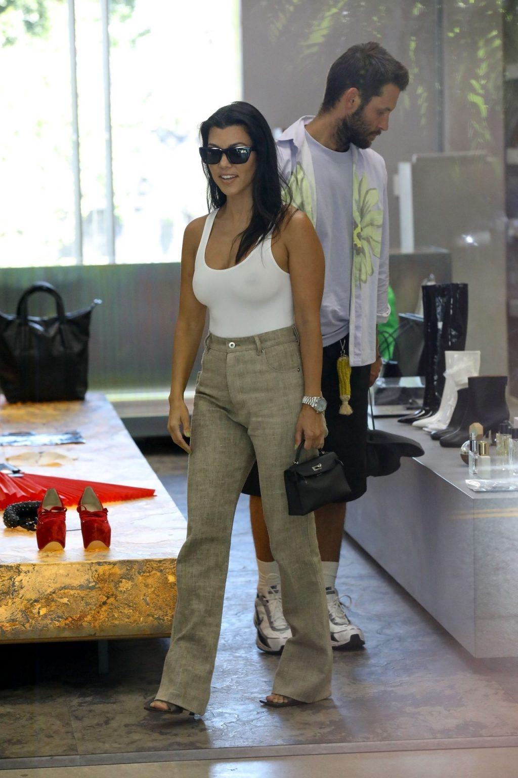 Kourtney Kardashian See Through Thefappeningblog Com 140 102