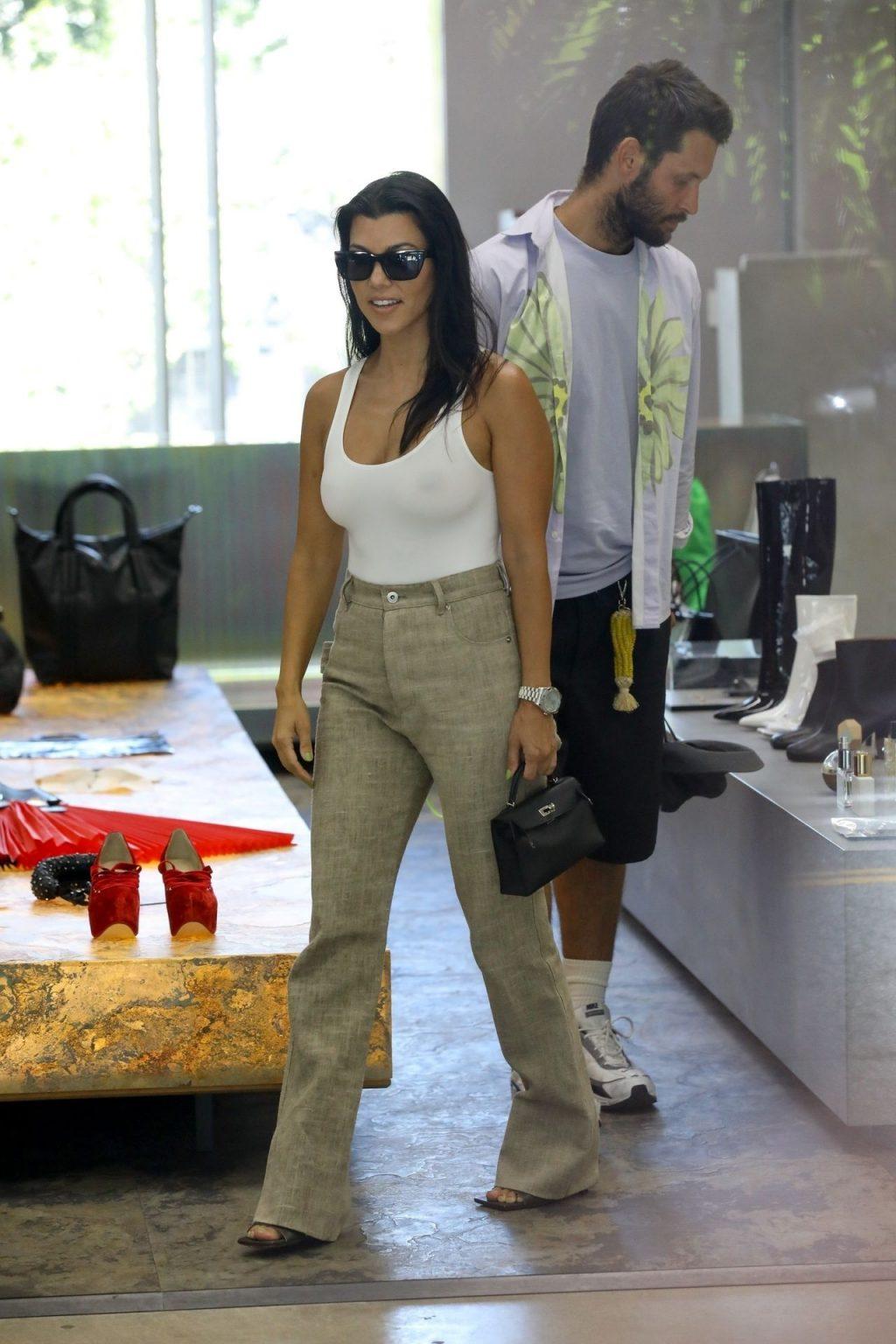 Kourtney Kardashian See Through Thefappeningblog Com 141 102