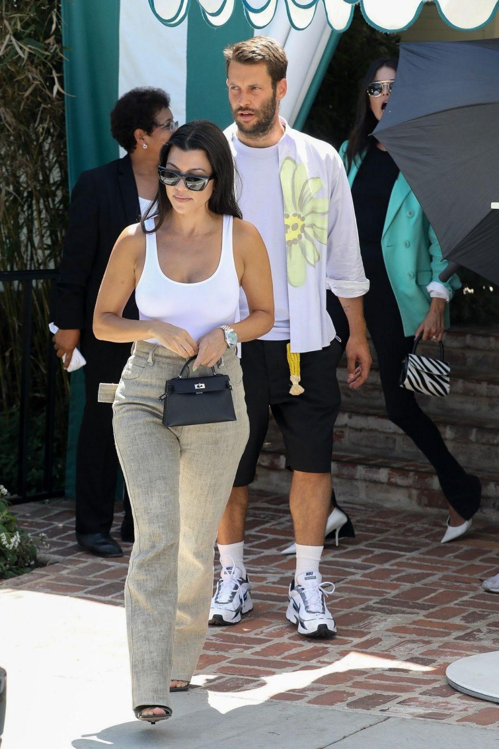 Kourtney Kardashian See Through Thefappeningblog Com 48 1024