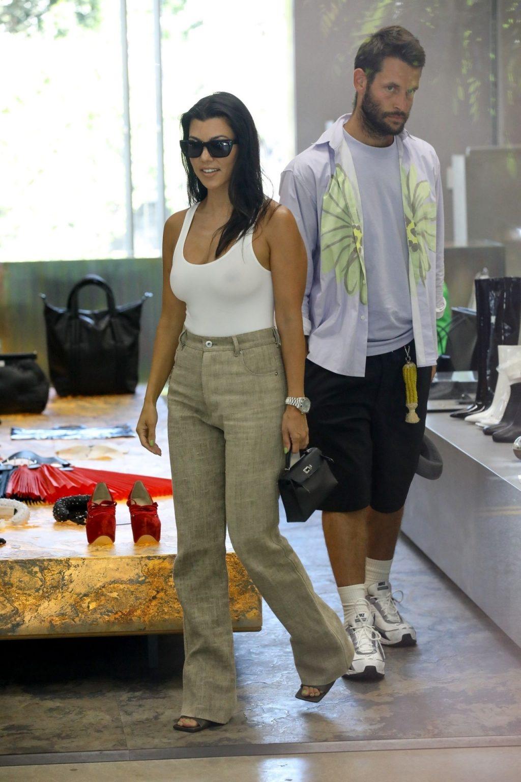 Kourtney Kardashian See Through Thefappeningblog Com 111 102
