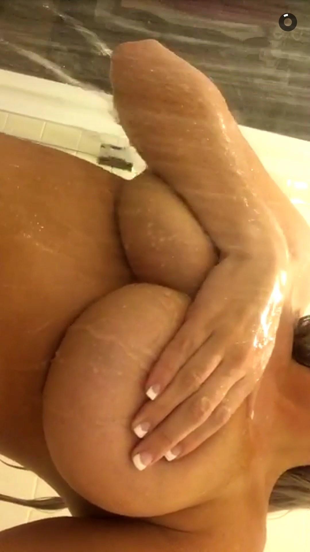 Laci Kay Somers Nude 007