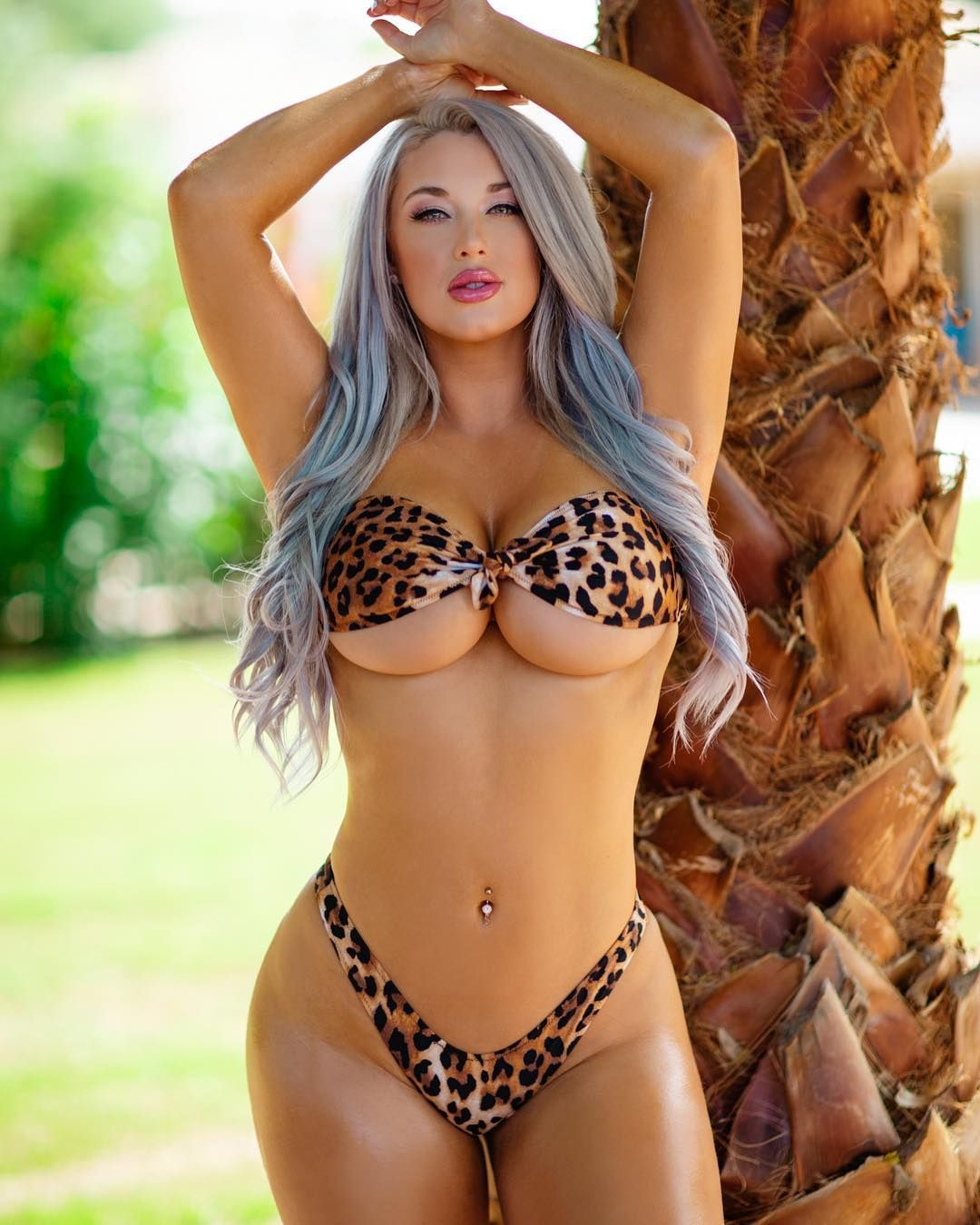 Laci Kay Somers Nude & Sexy 035