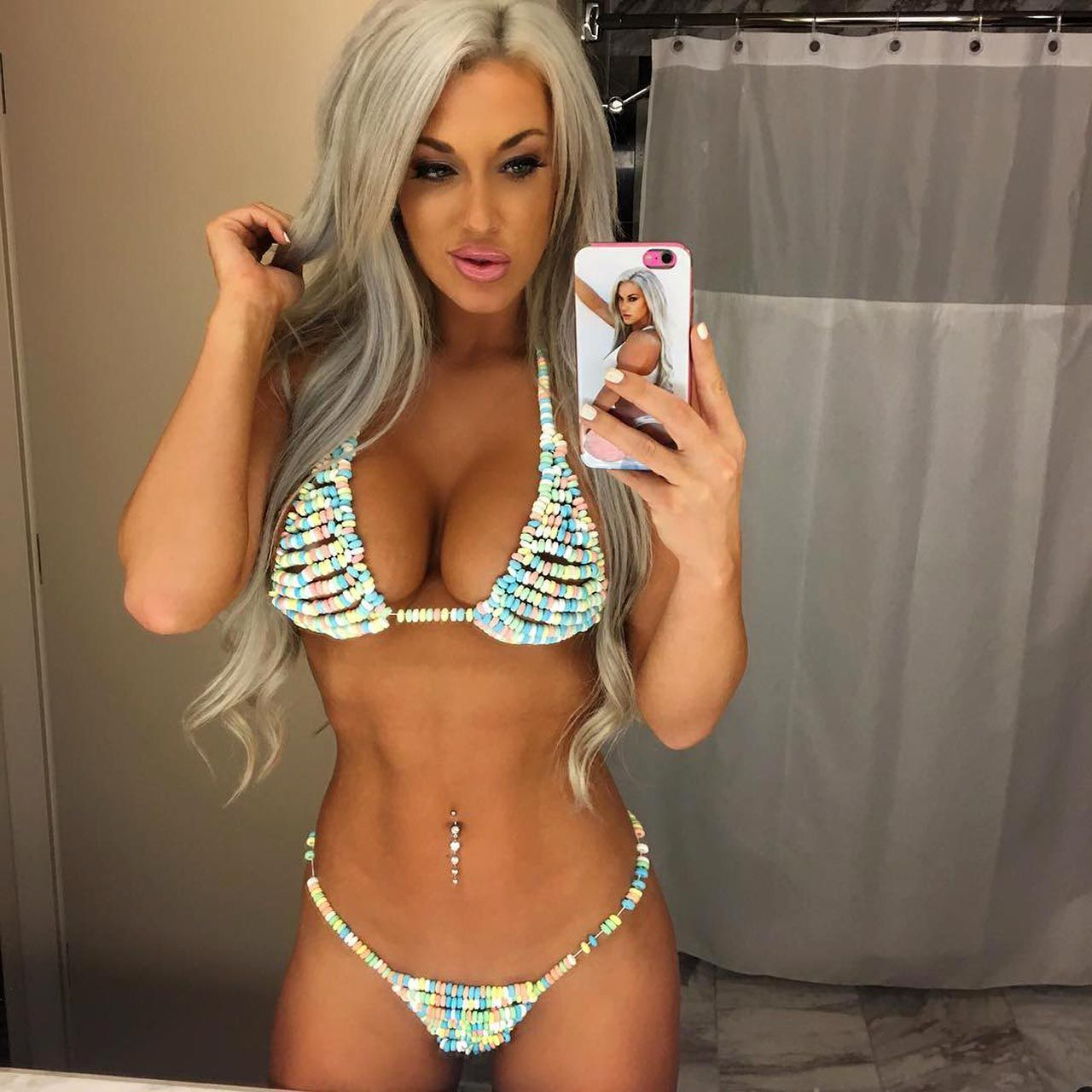 Laci Kay Somers Nude & Sexy 044