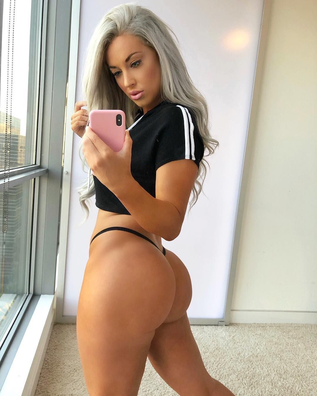 Laci Kay Somers Nude & Sexy 048