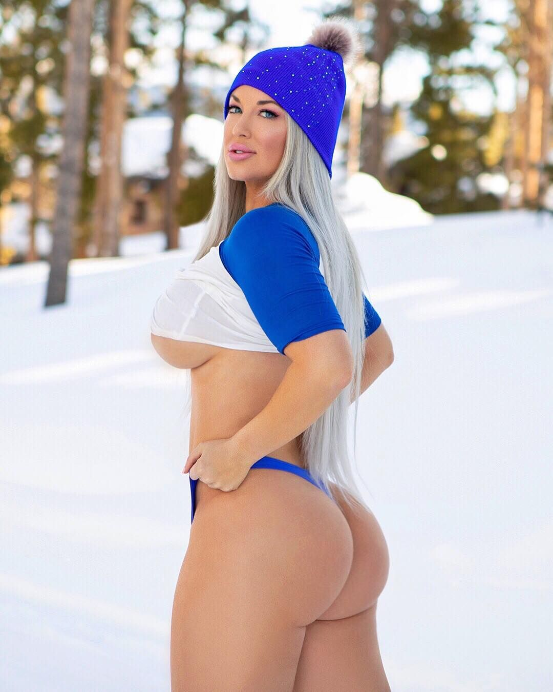 Laci Kay Somers Nude & Sexy 063