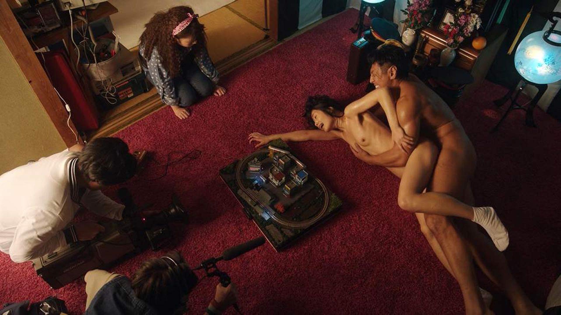 Nanami Kawakami Nude Sex Scene – The Naked Director 005