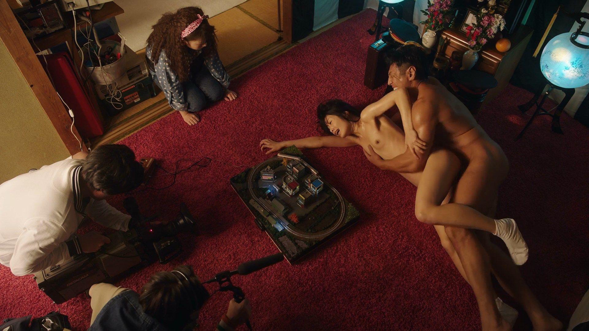 Nanami Kawakami Nude Sex Scene – The Naked Director 001