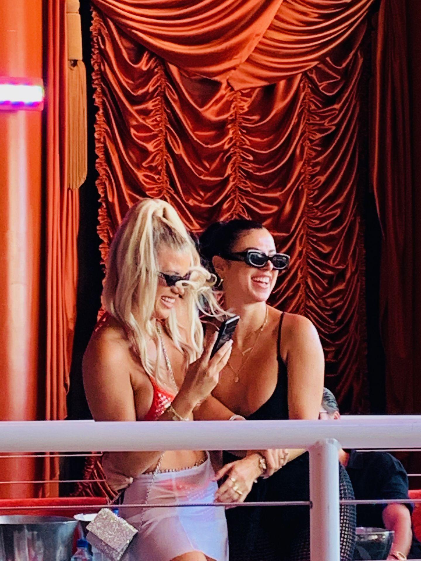 Sofia Richie Sexy 007