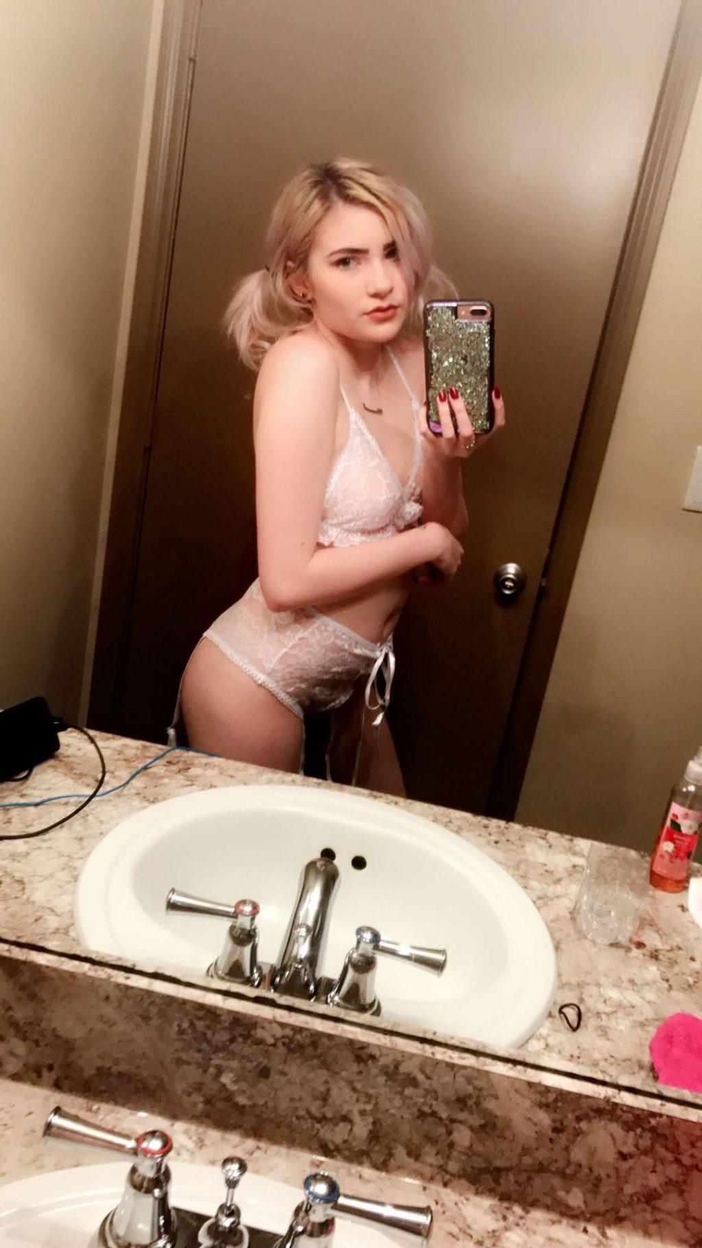 Cloveress Nude Sexy Thefappeningblog Com 32 1024x1820