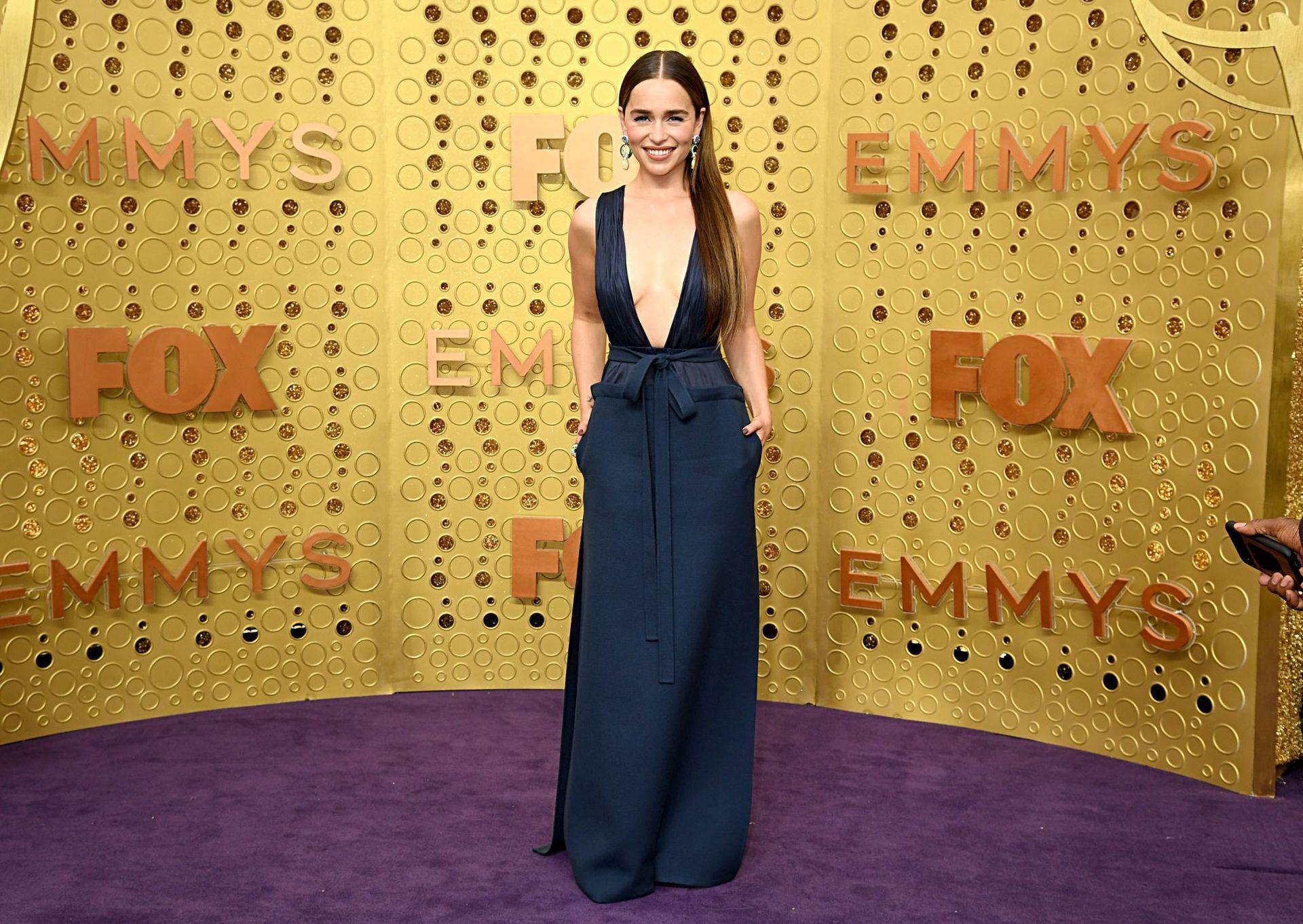 Emilia Clarke Sexy 027