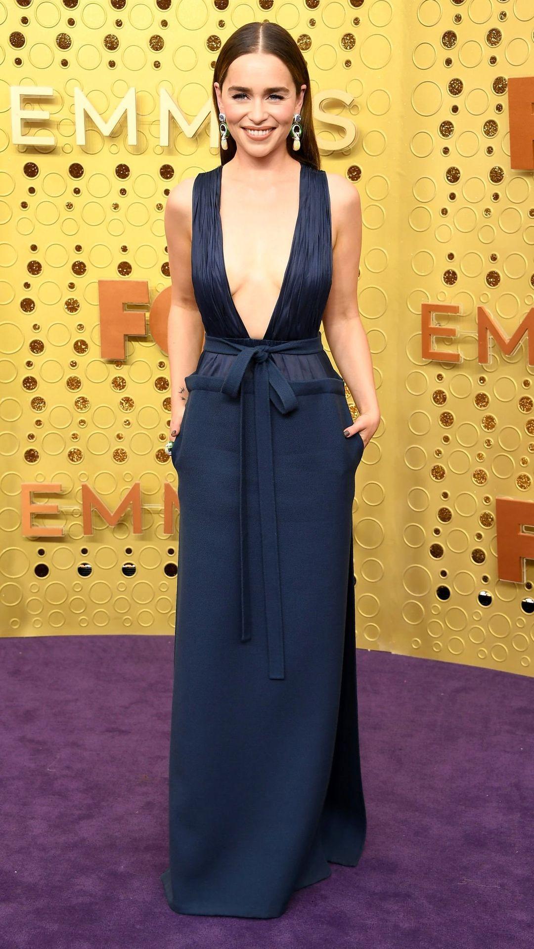 Emilia Clarke Sexy 043