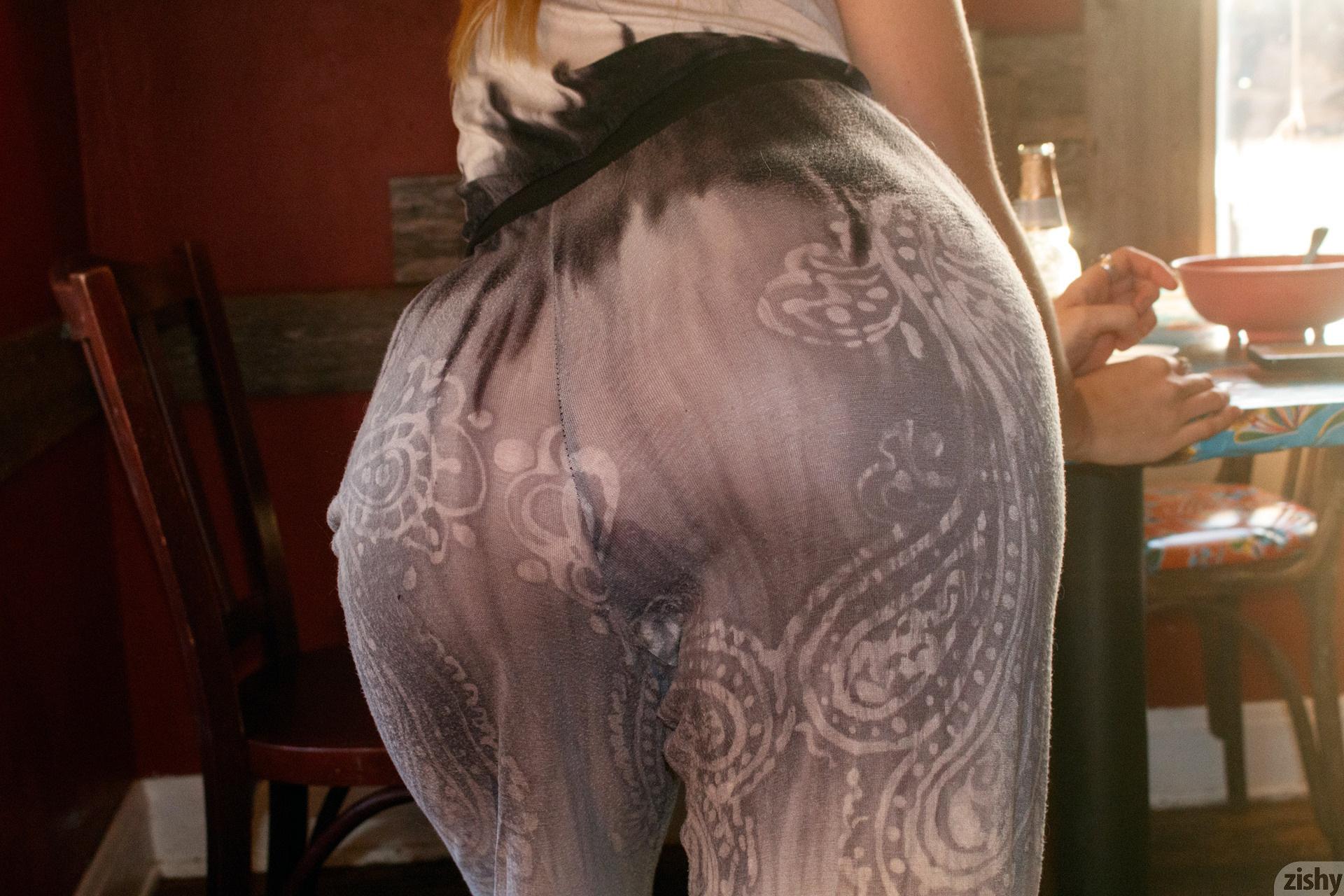 Helen Bergstrom Holy Guacamole Zishy (38)