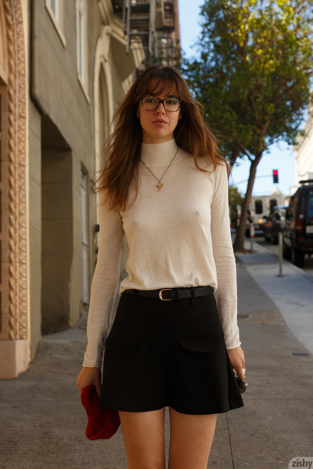 Marie Boitte In San Frenchisco Zishy (7)