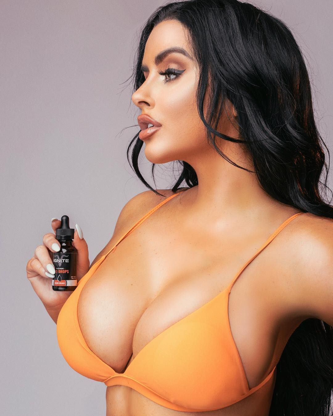 Abigail Ratchford Nude & Sexy 066