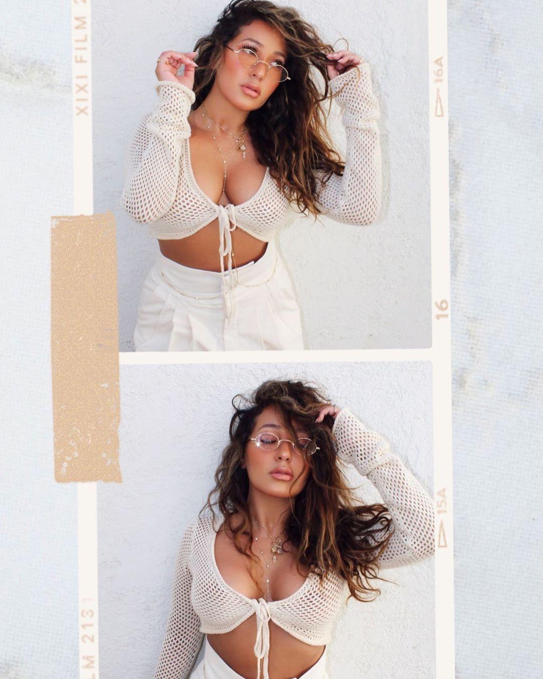 Adrienne Houghton Sexy 017