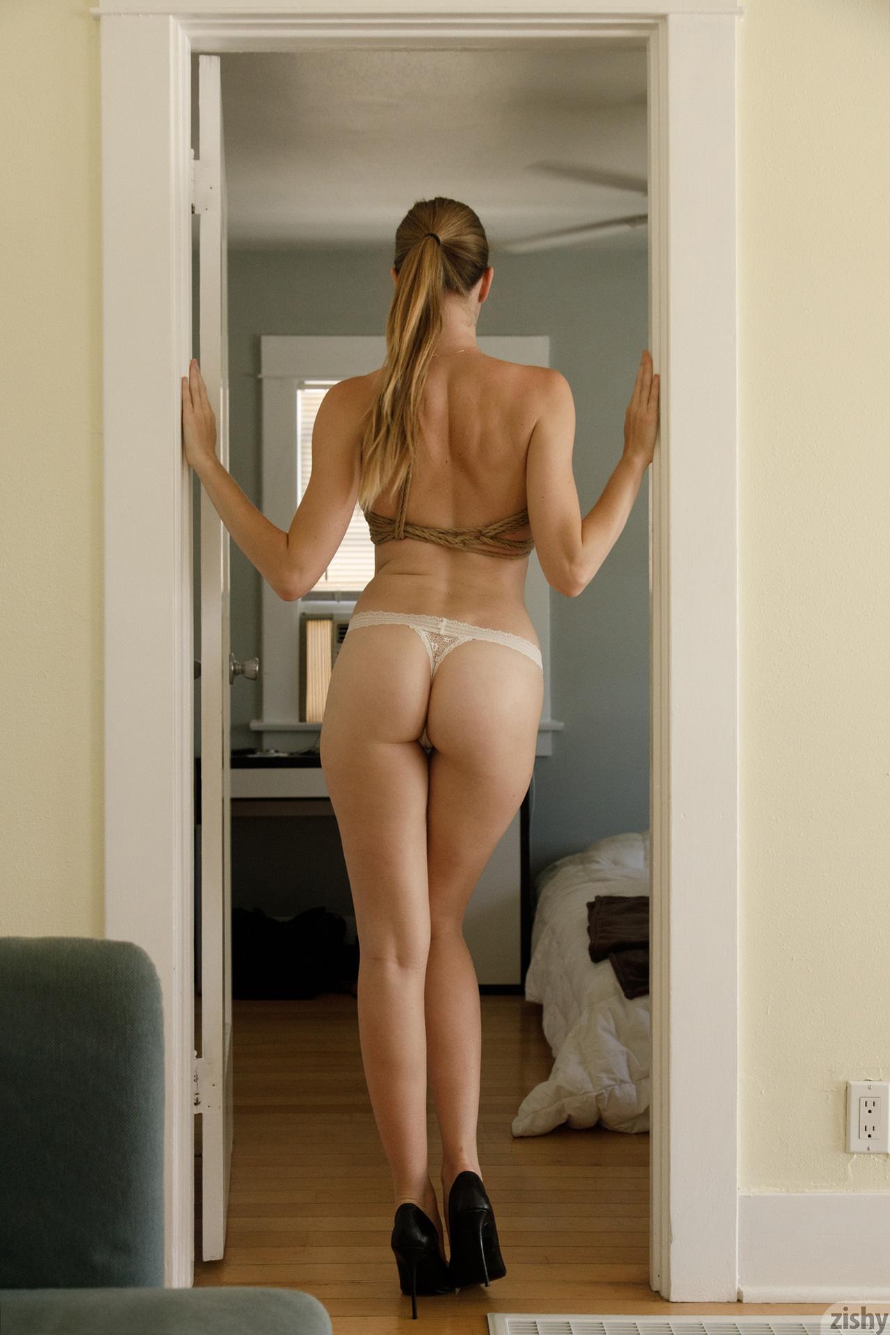 Ashley Lane Rope On Amazon Zishy (34)