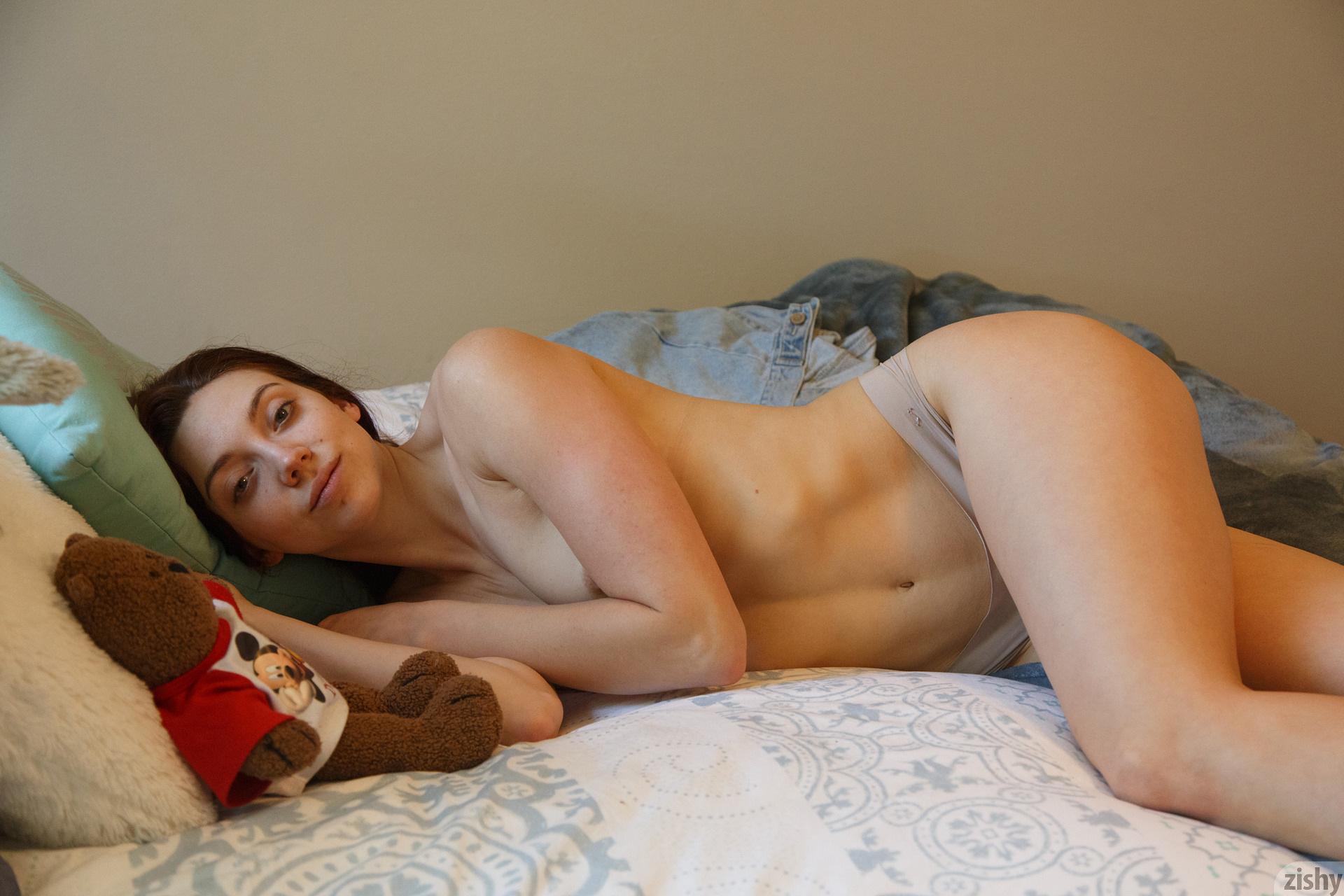 Ivah Anseline Hard But Soft Zishy (26)
