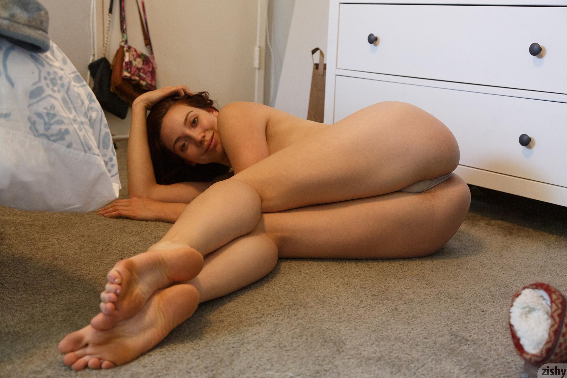 Ivah Anseline Hard But Soft Zishy (45)