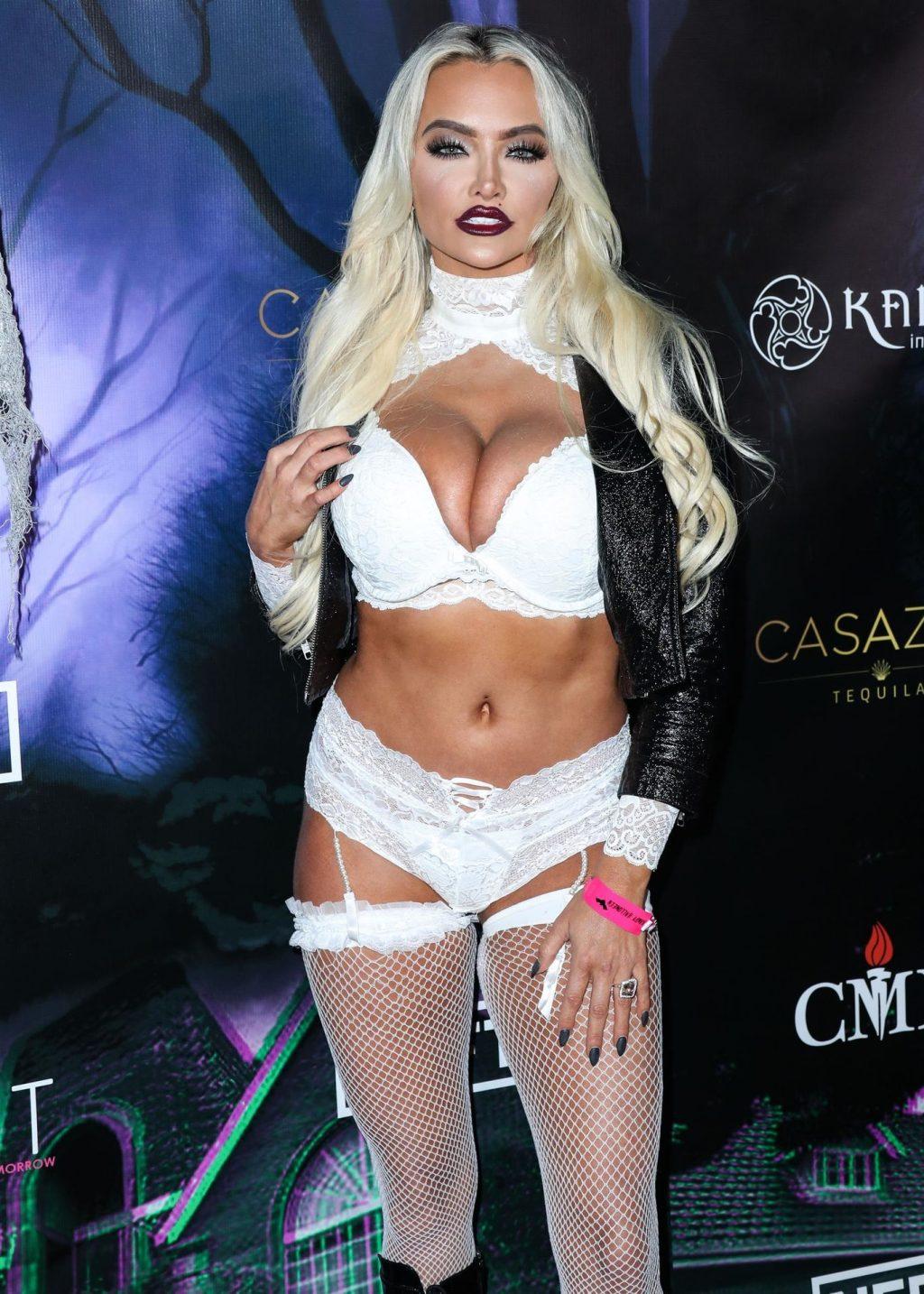 Lindsey Pelas Sexy Thefappeningblog Com 3 1024x1434