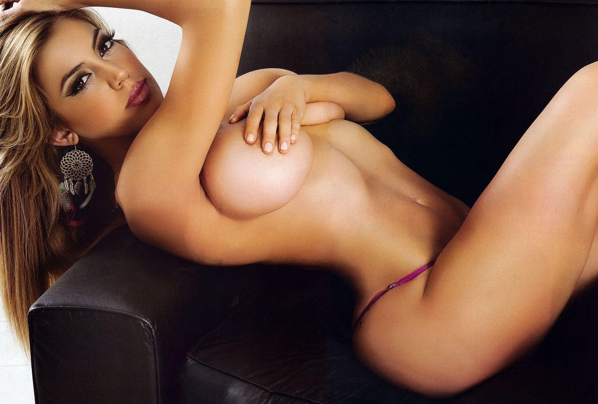 Virginia Gallardo Nude 001