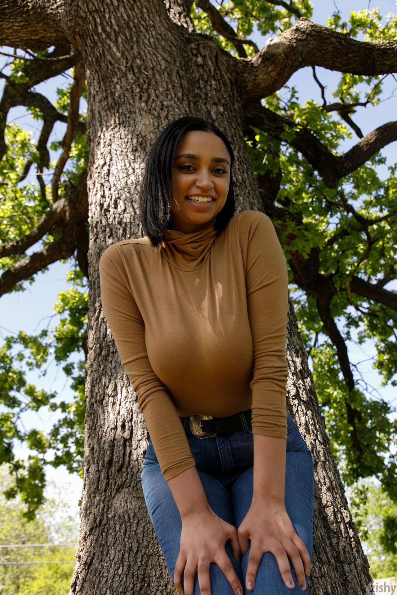 Wynona Gibbs On Texas Feminism Zishy (38)