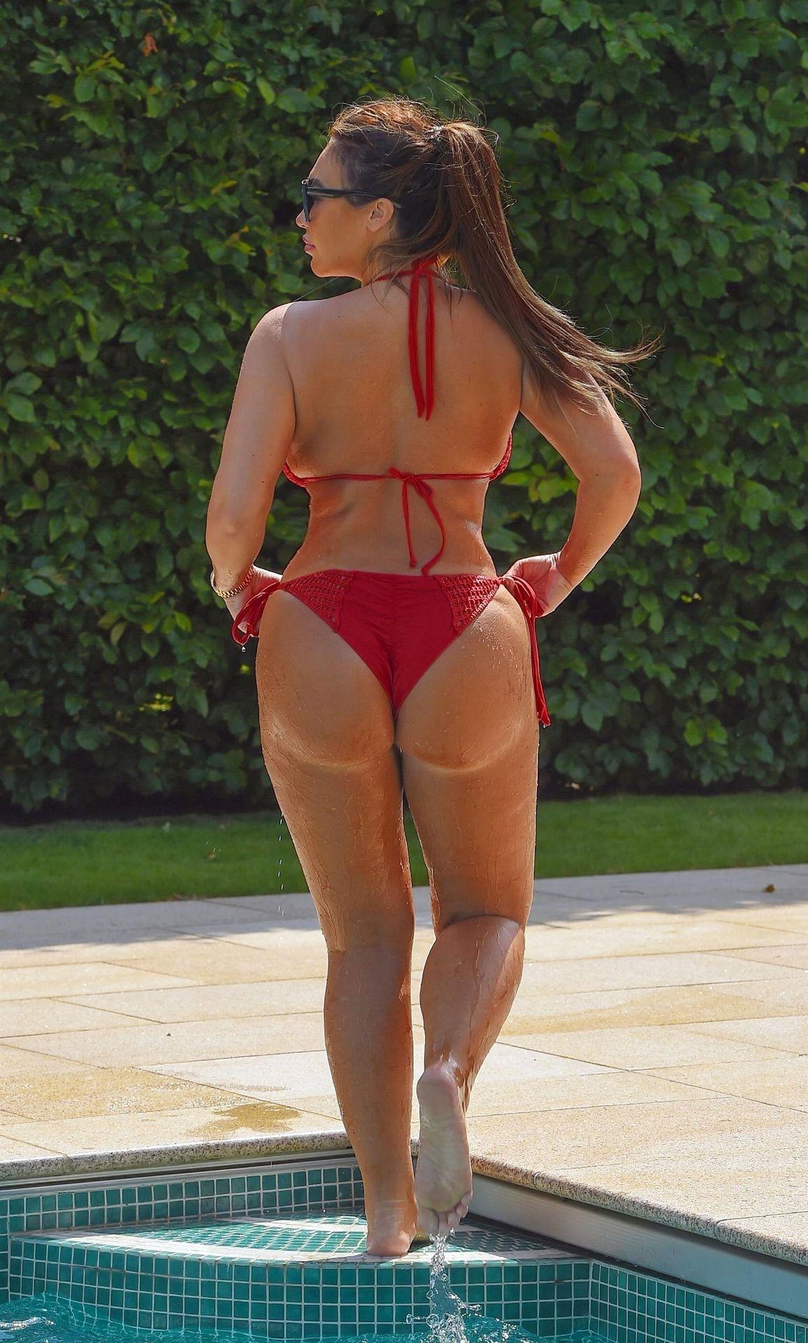 Lauren Goodger Sexy 006
