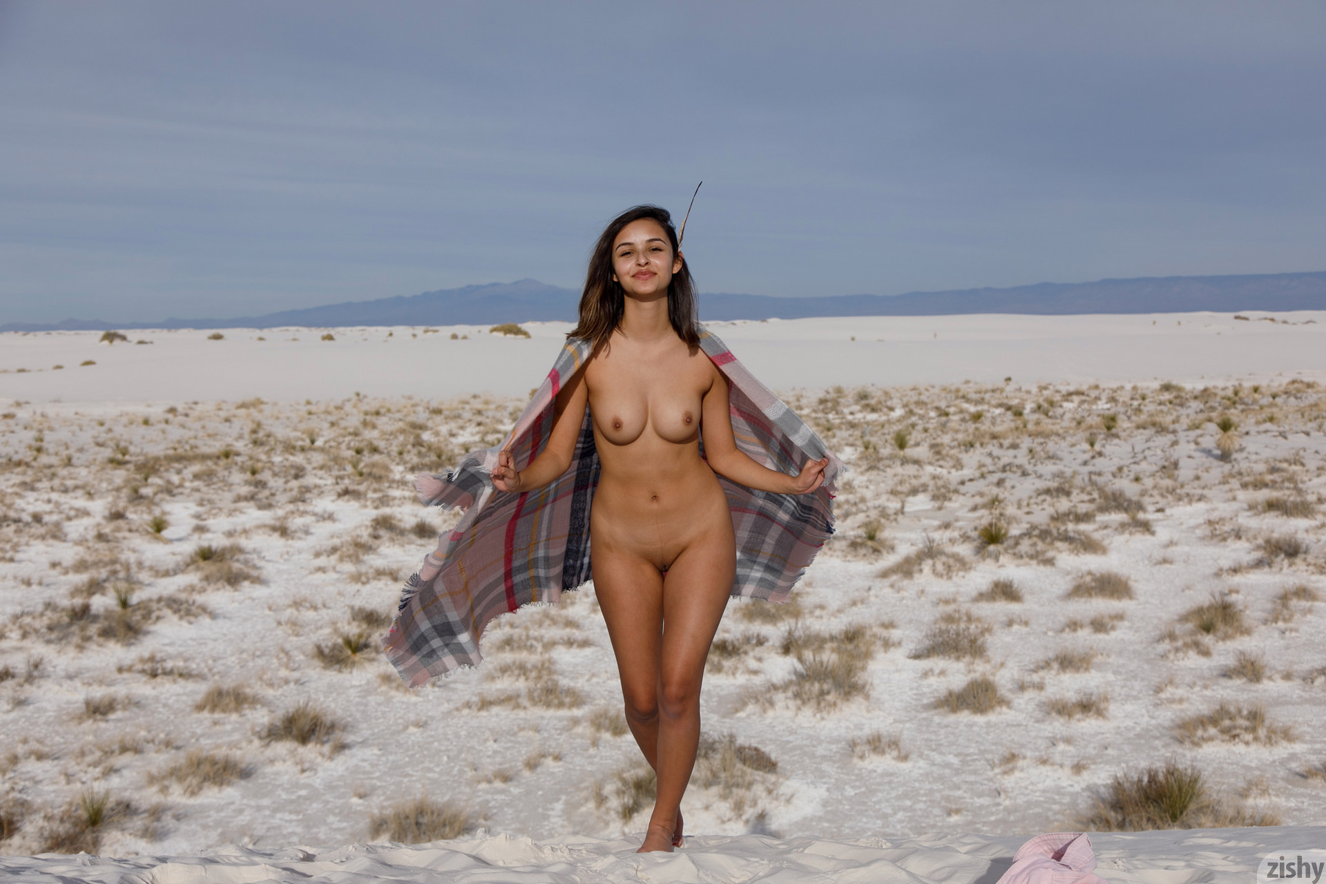 Alejandra Cobos White Sands 3 Zishy (19)