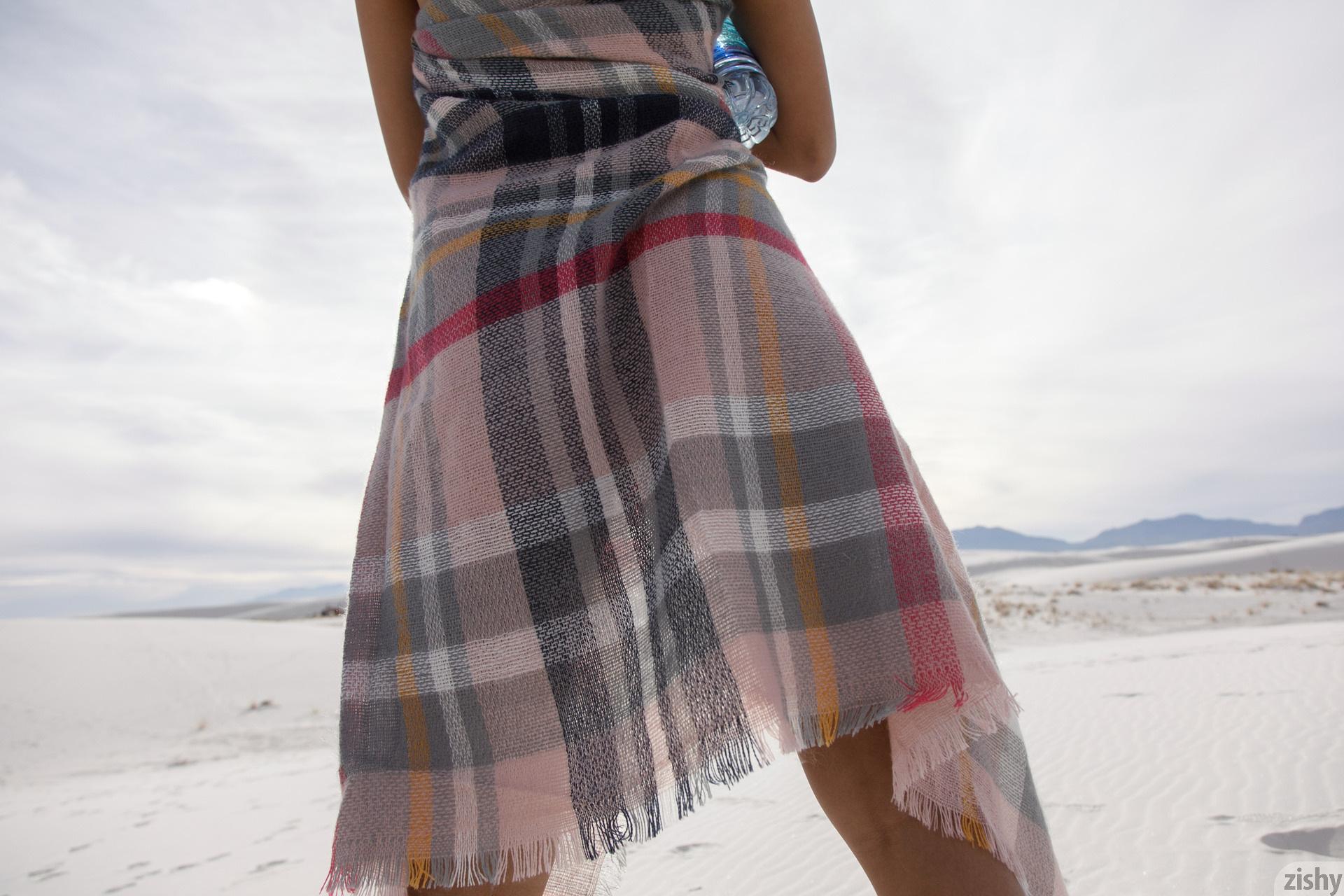 Alejandra Cobos White Sands 3 Zishy (32)