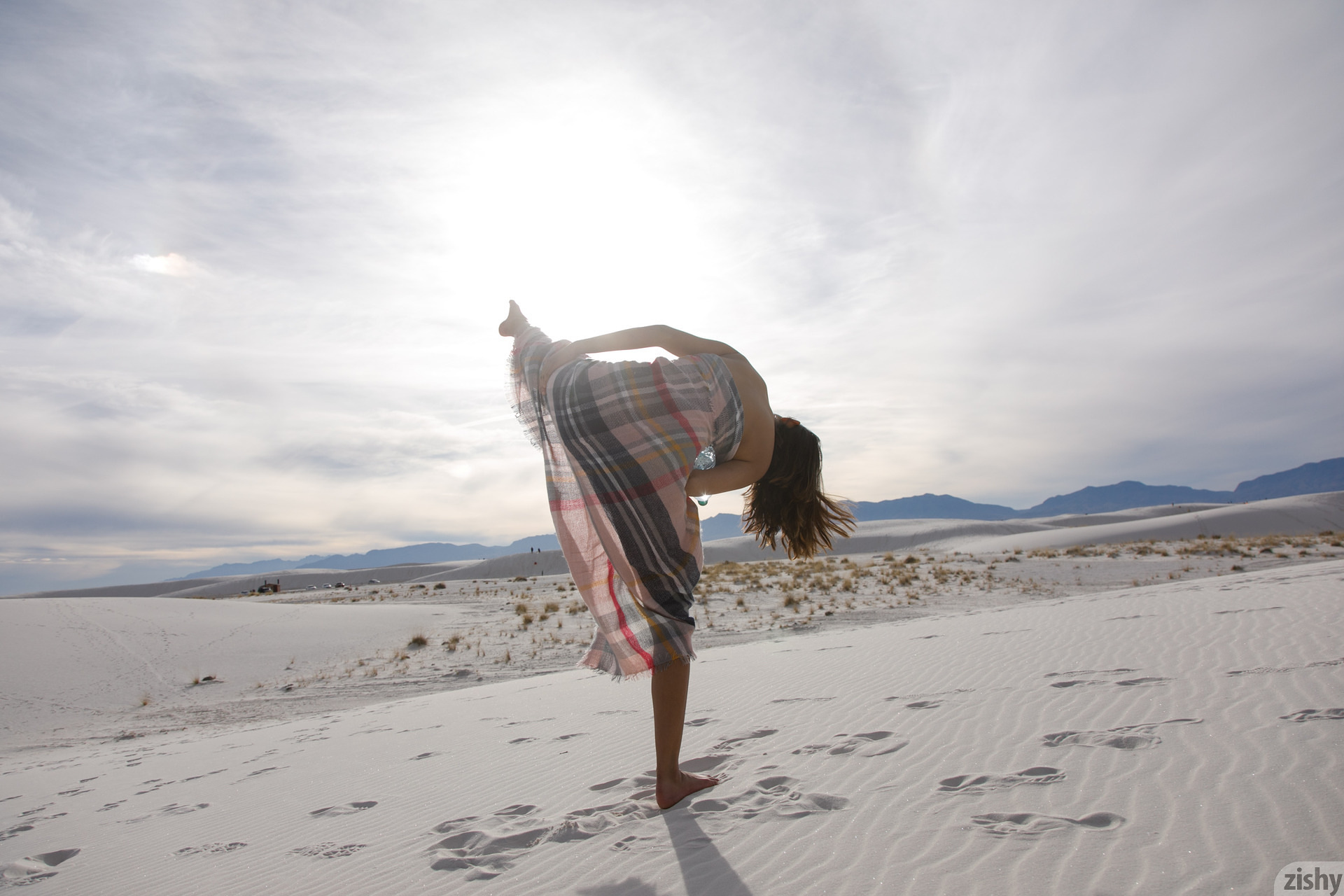 Alejandra Cobos White Sands 3 Zishy (34)