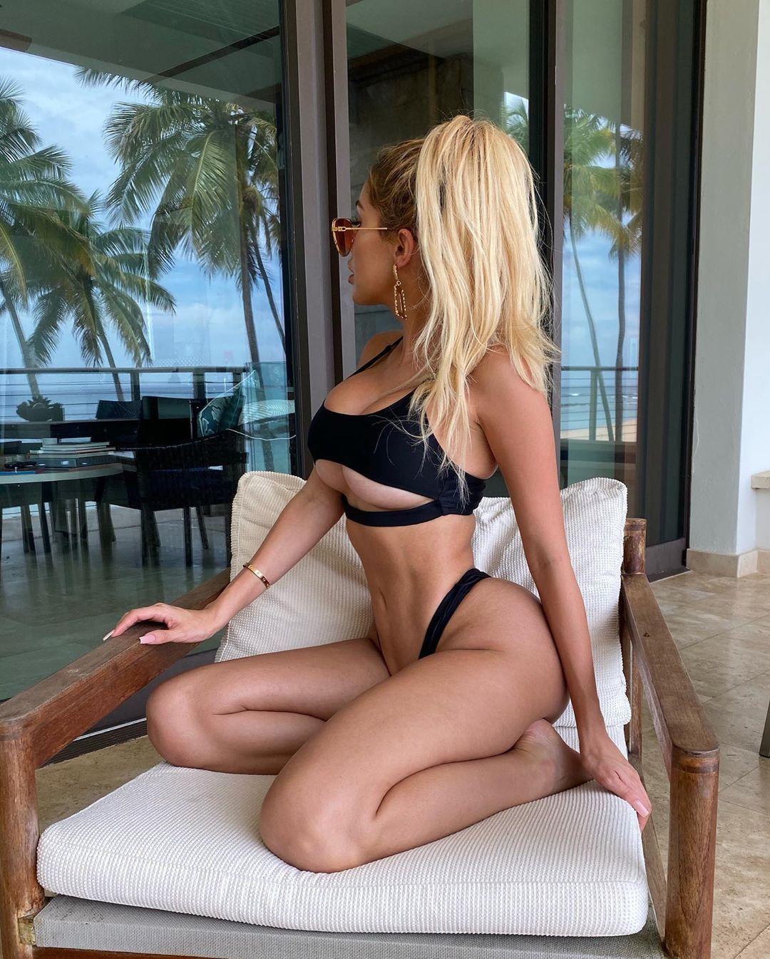 Alexa Dellanos Sexy 0026