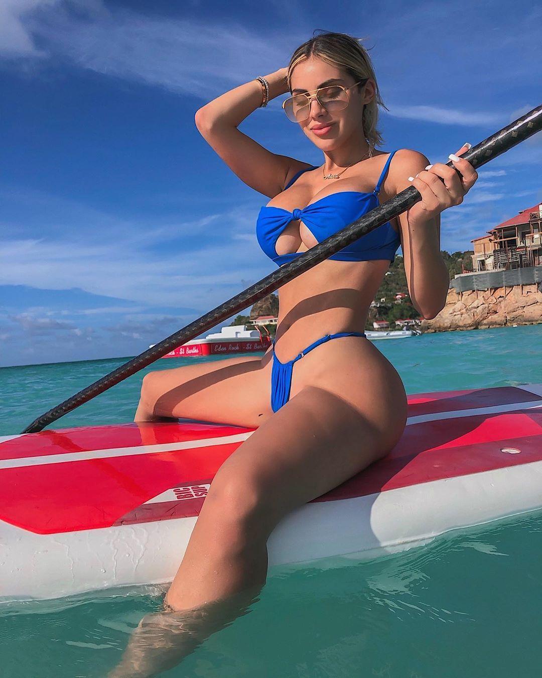 Alexa Dellanos Sexy 0080