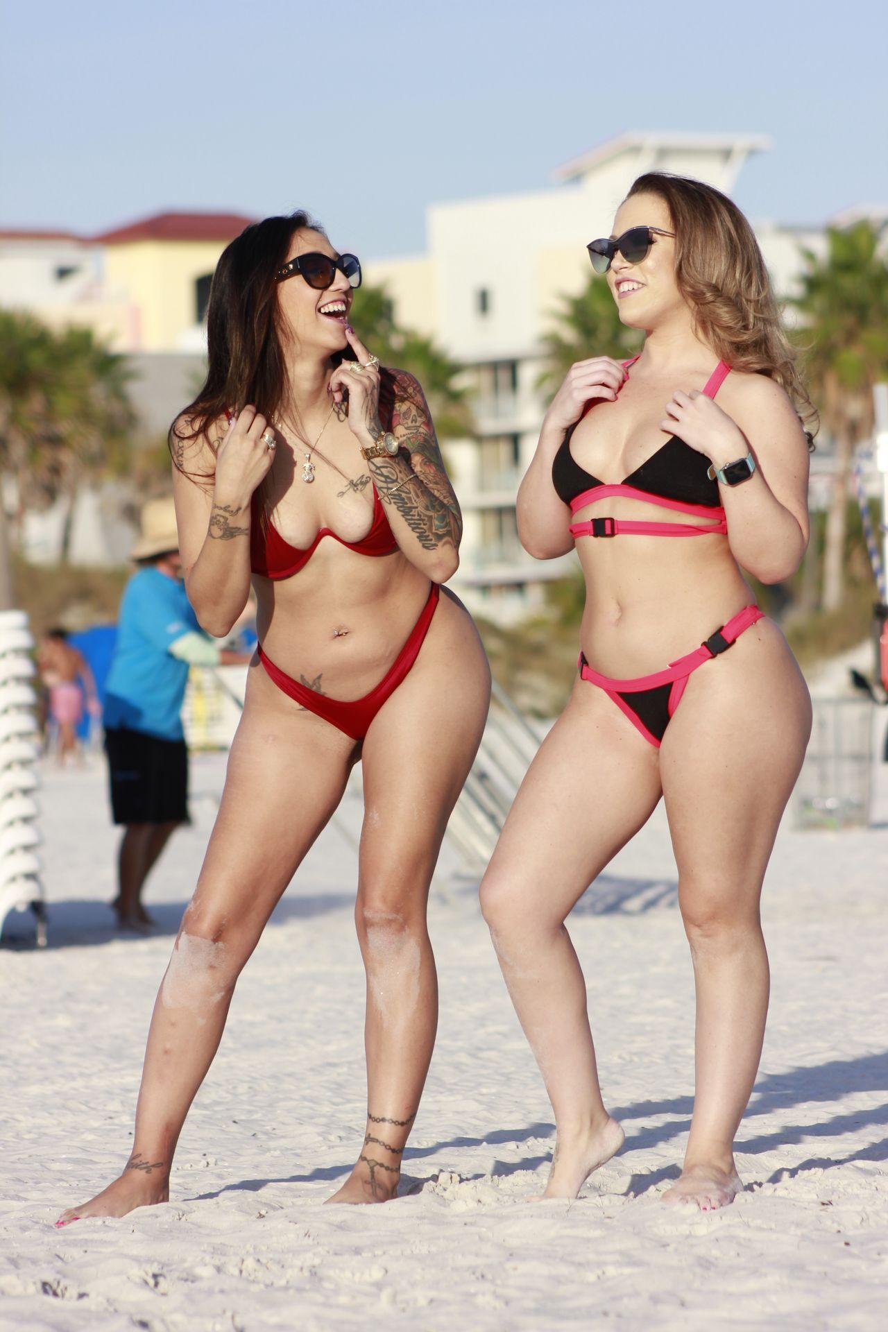 Carmen Valentina, Stefania Mafra Sexy 0019