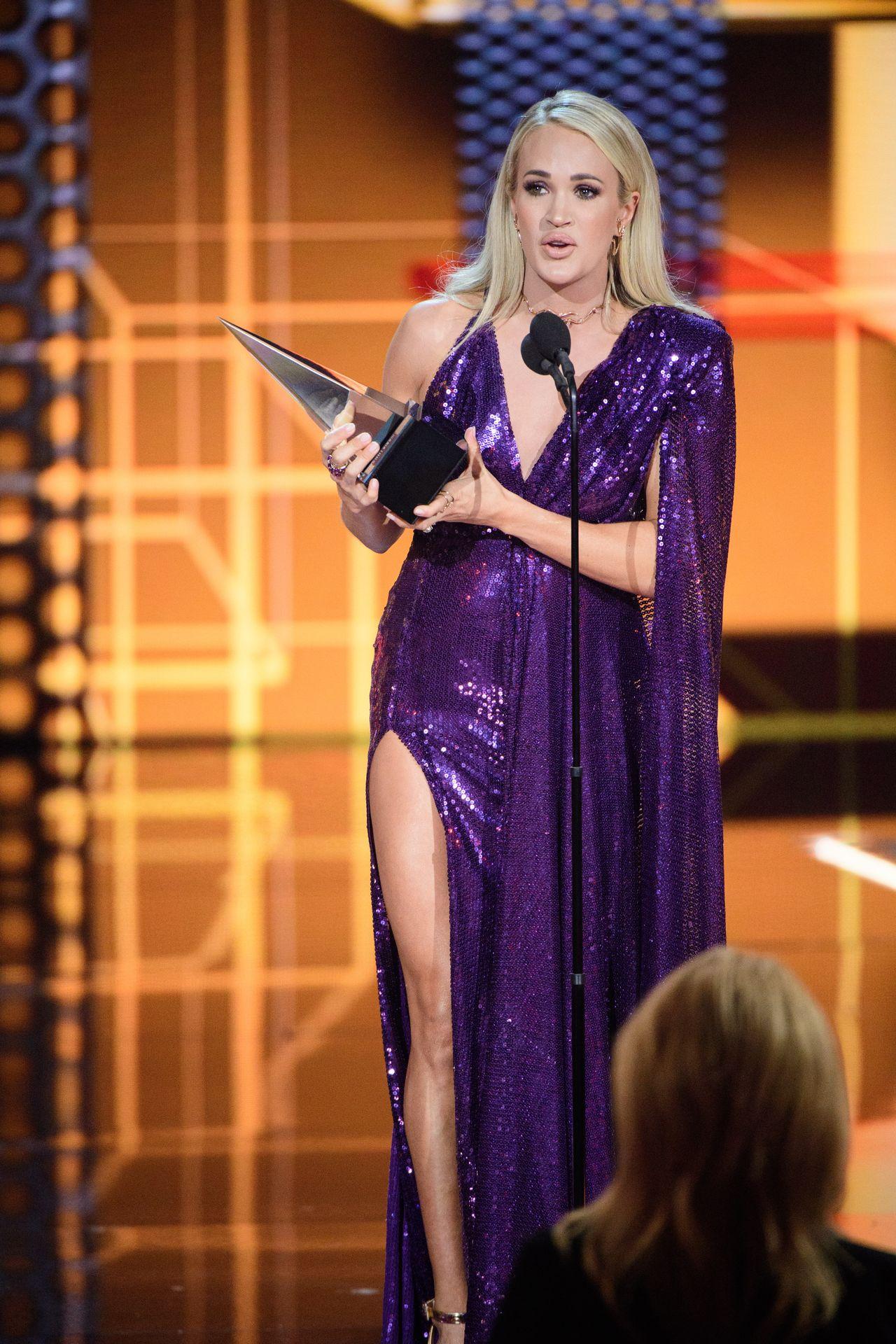 Carrie Underwood Sexy 0020