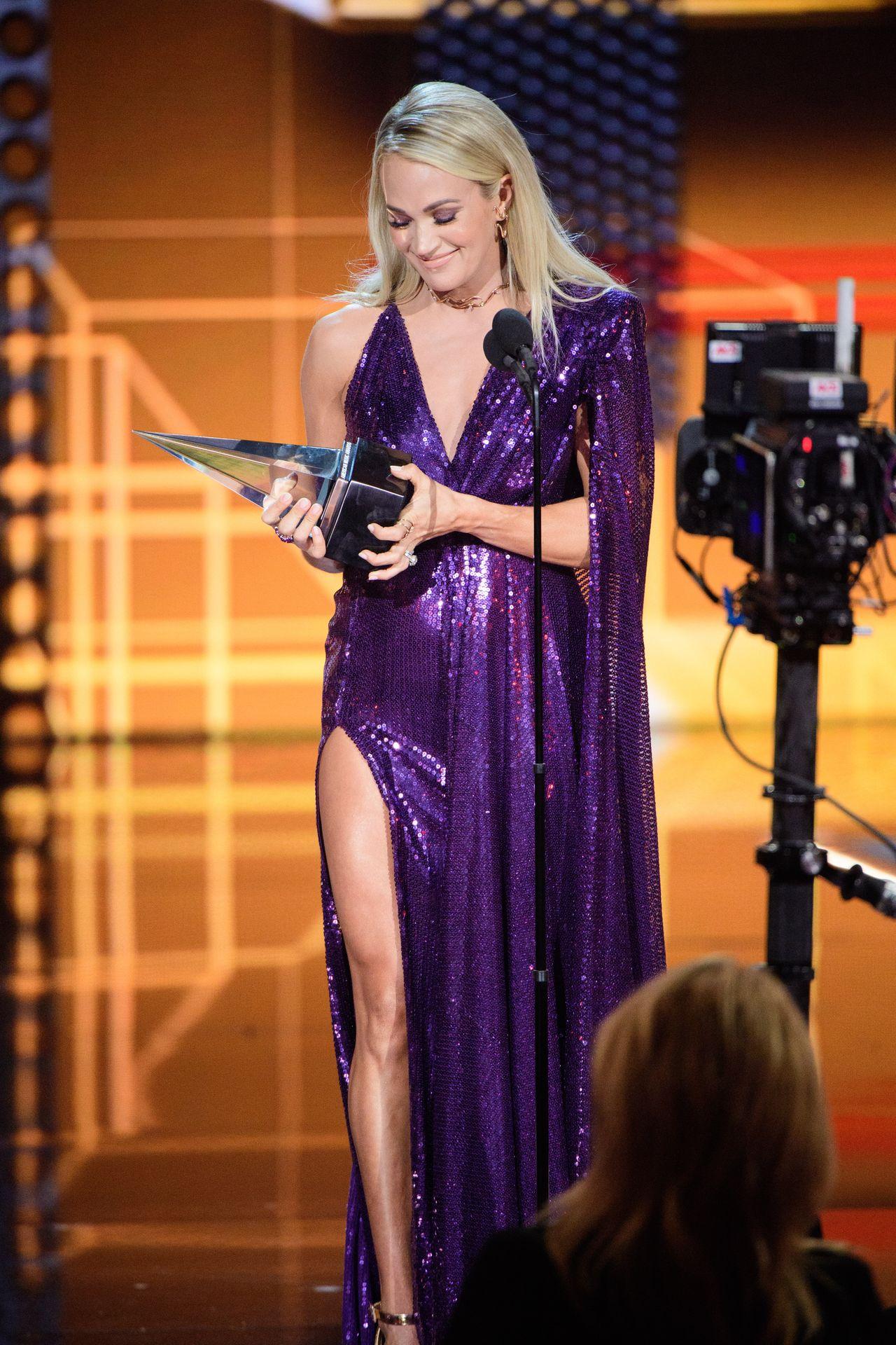 Carrie Underwood Sexy 0022
