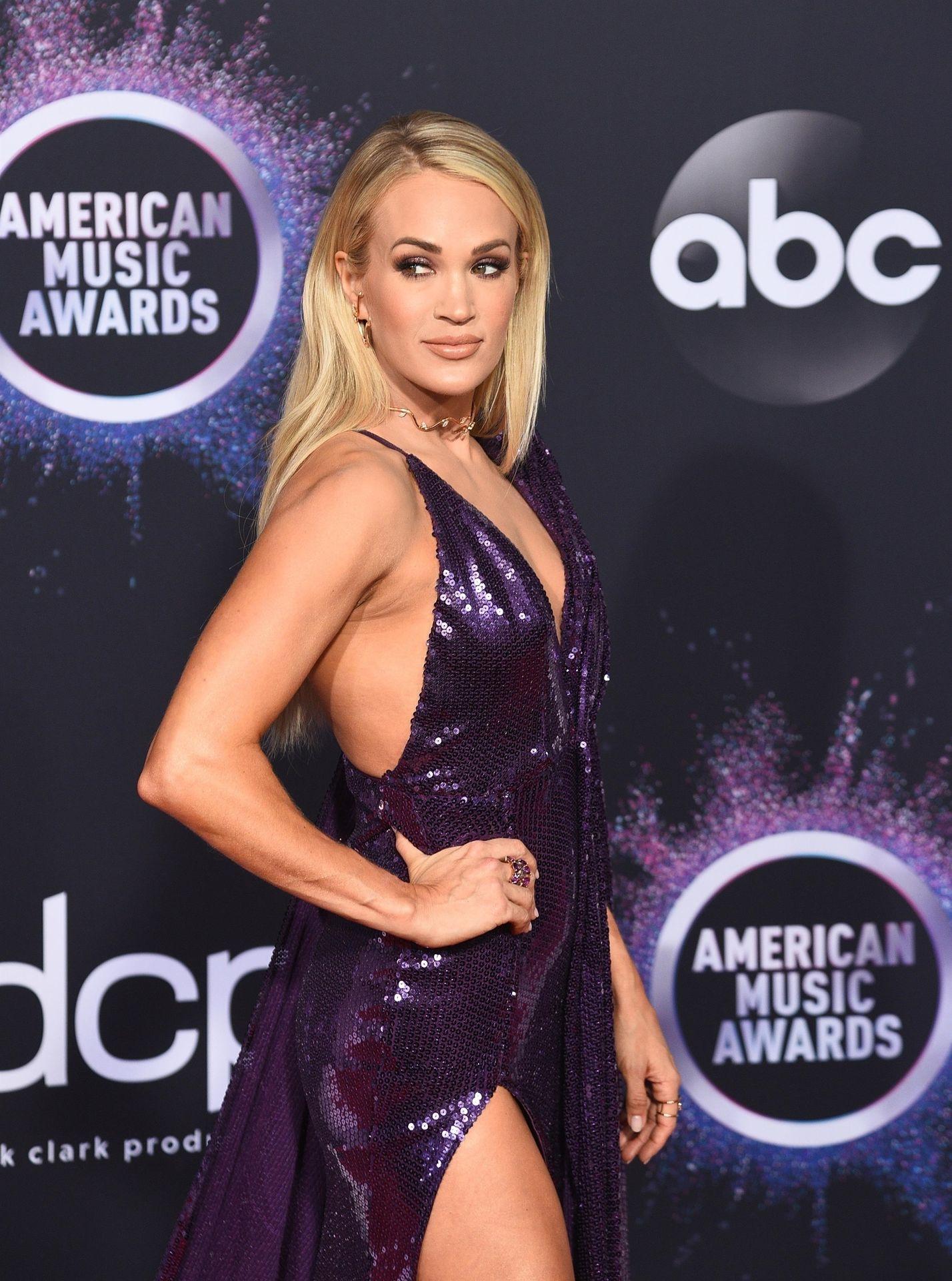 Carrie Underwood Sexy 0041