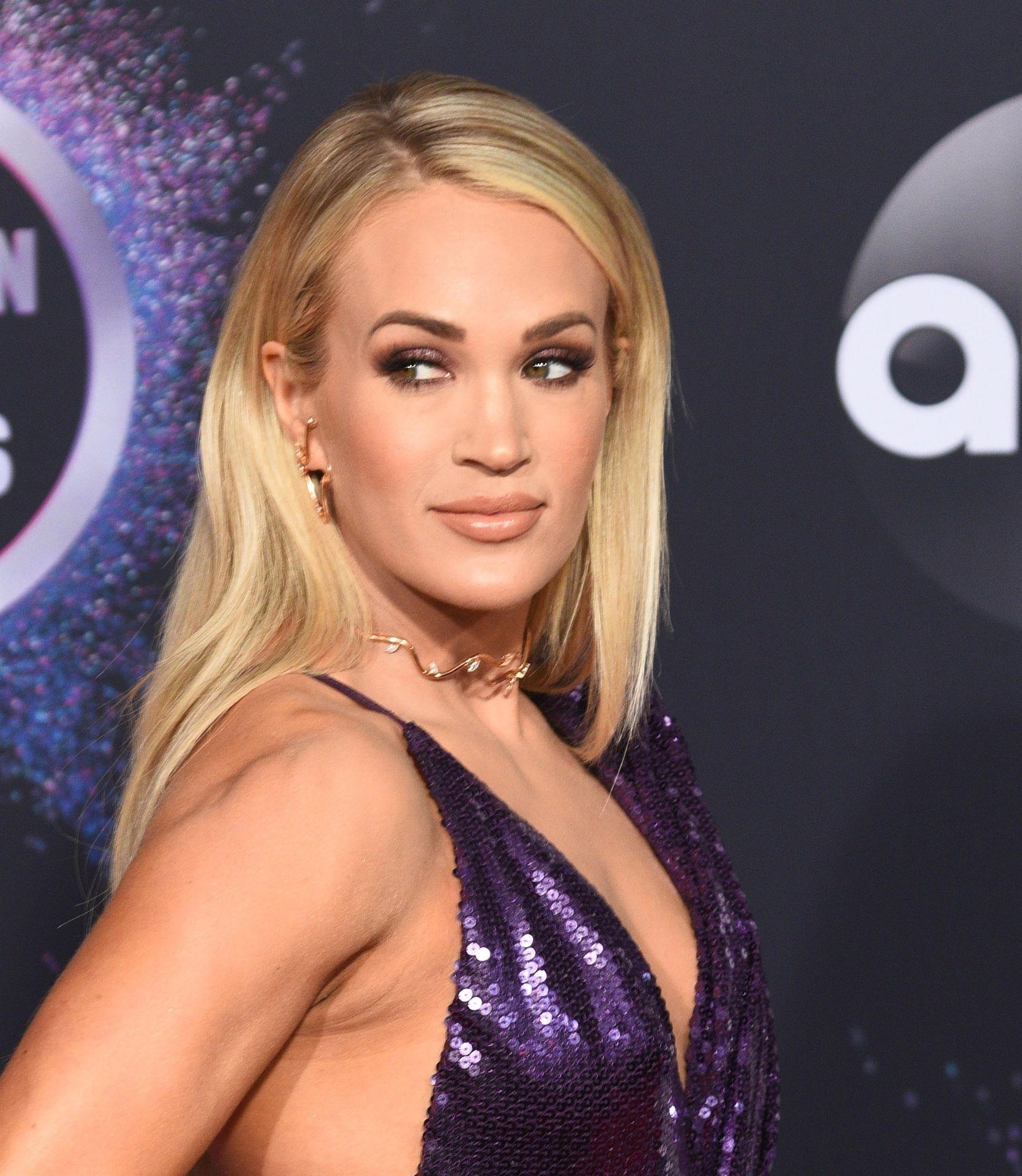 Carrie Underwood Sexy 0042
