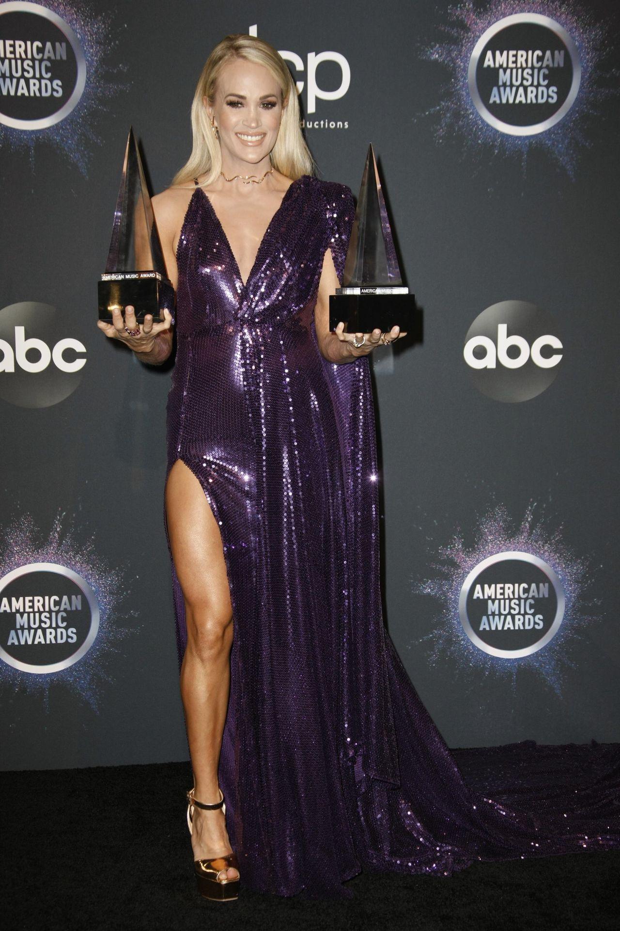 Carrie Underwood Sexy 0059