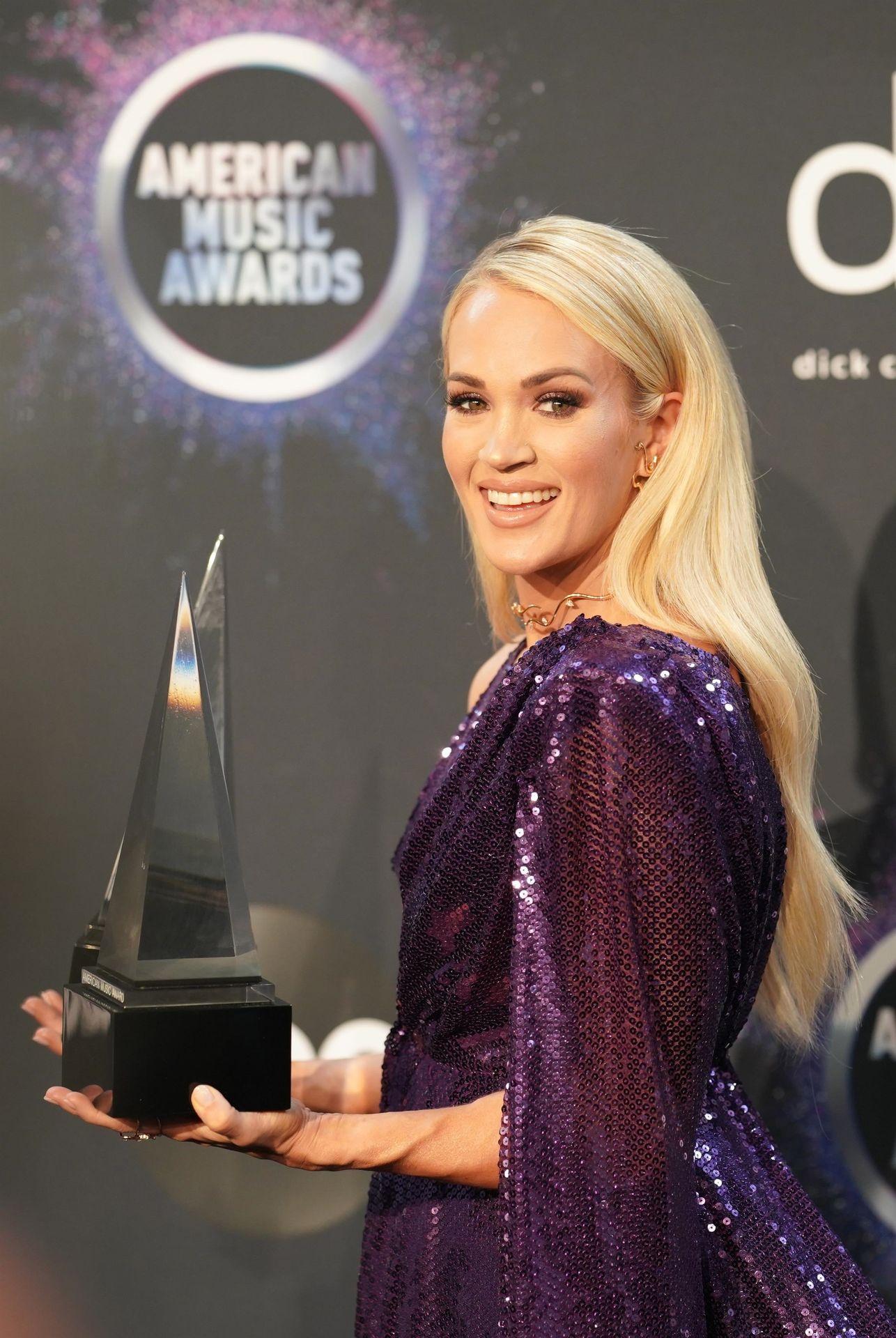 Carrie Underwood Sexy 0070