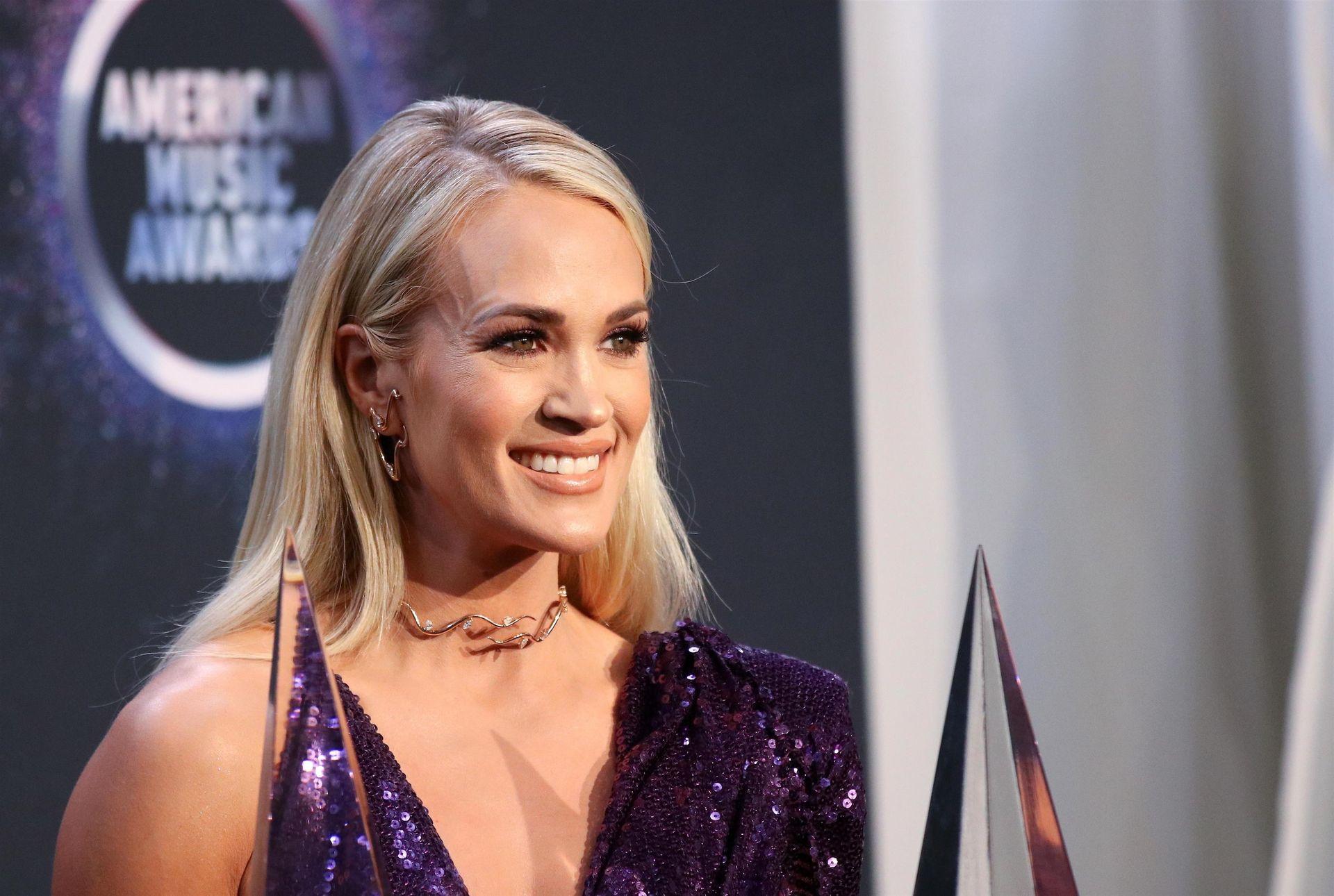 Carrie Underwood Sexy 0074