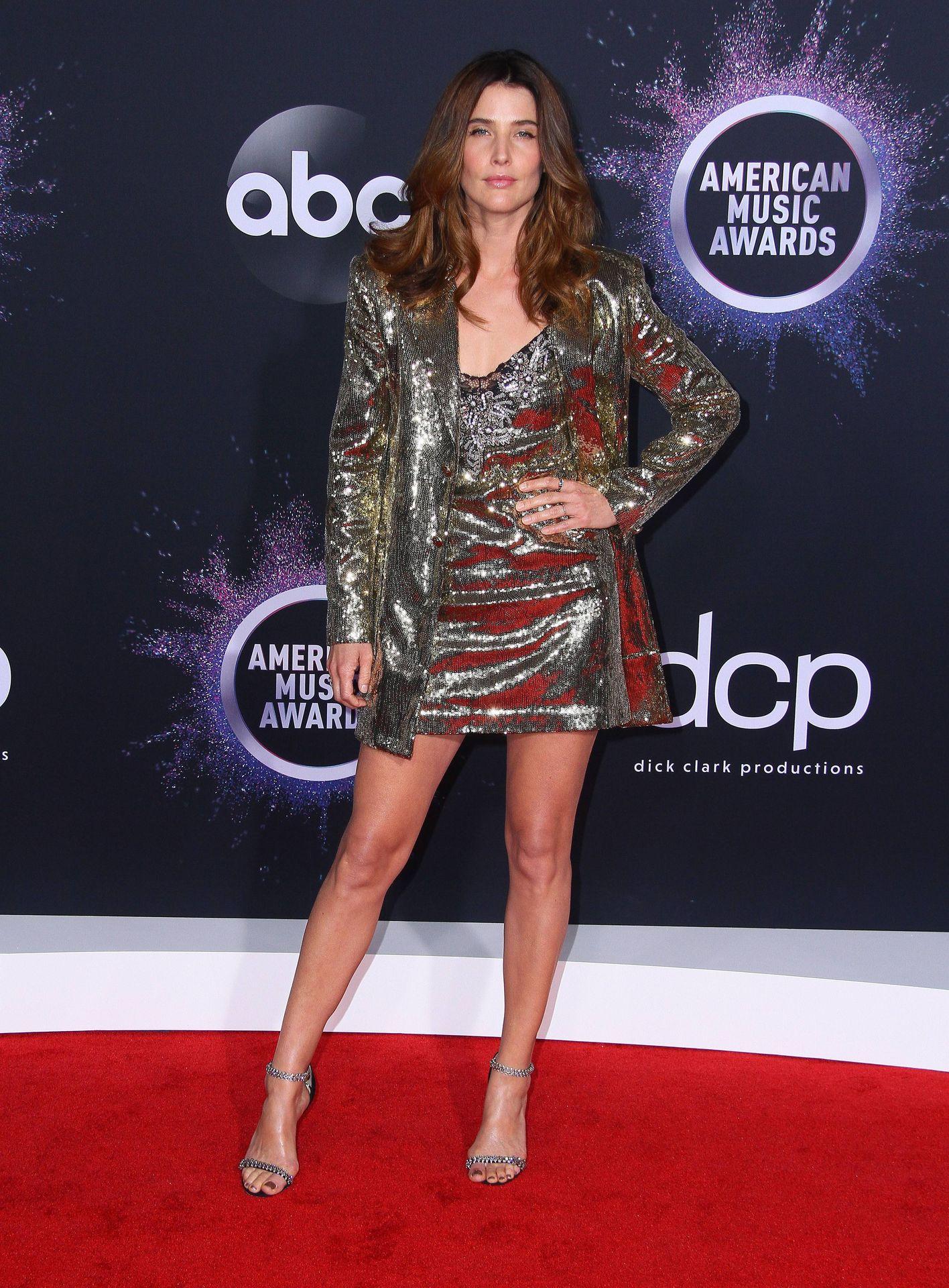 Cobie Smulders Sexy 0012