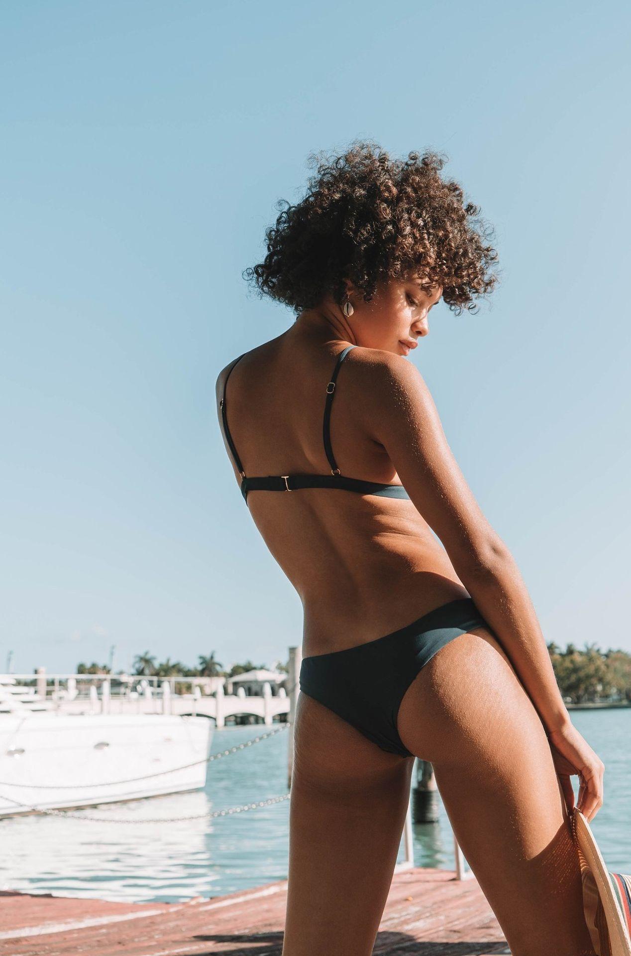 Jamea Lynee Nude & Sexy 0127